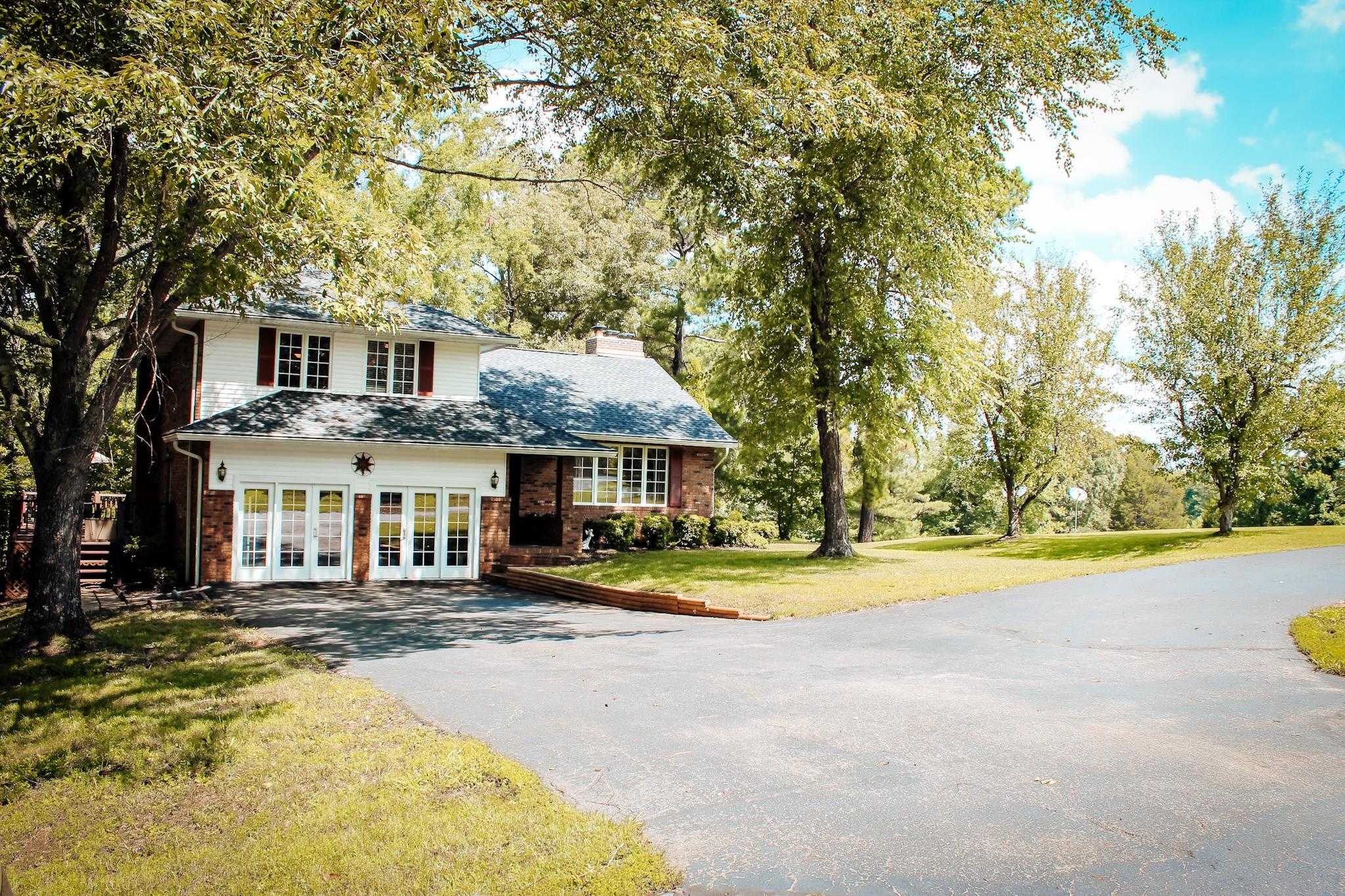185 Davis Kee Rd Property Photo - Camden, TN real estate listing