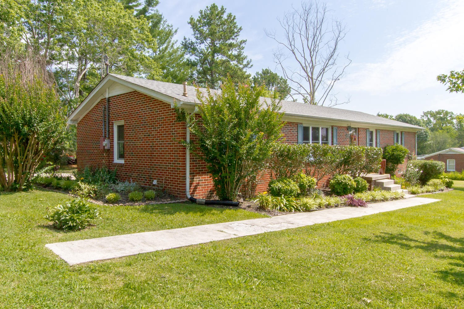 105 Wallace St Property Photo - Woodbury, TN real estate listing