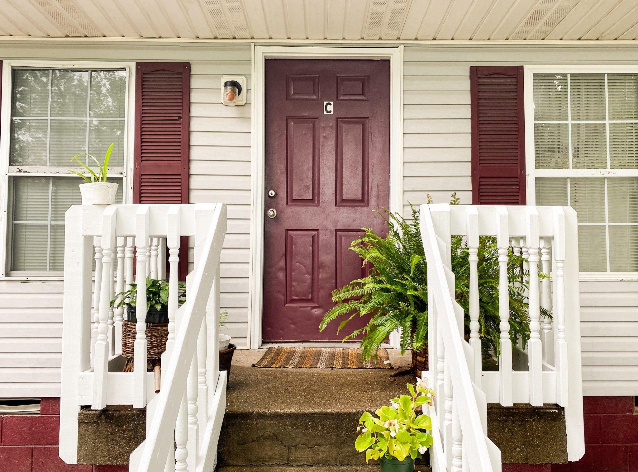 311 Randell Dr Property Photo - Clarksville, TN real estate listing