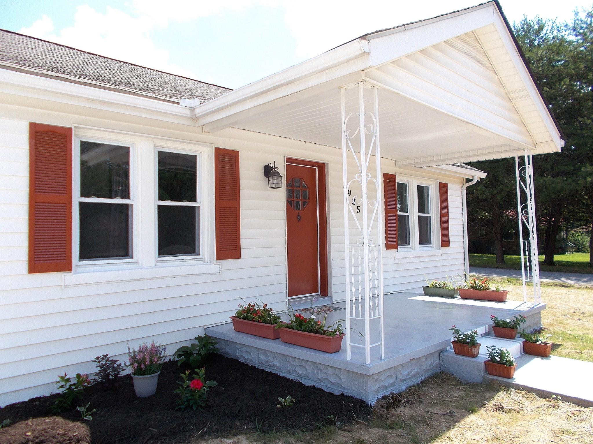 8925 Highway 70 E Property Photo - MC EWEN, TN real estate listing
