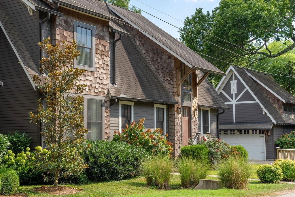 799 Montrose Ave Property Photo - Nashville, TN real estate listing