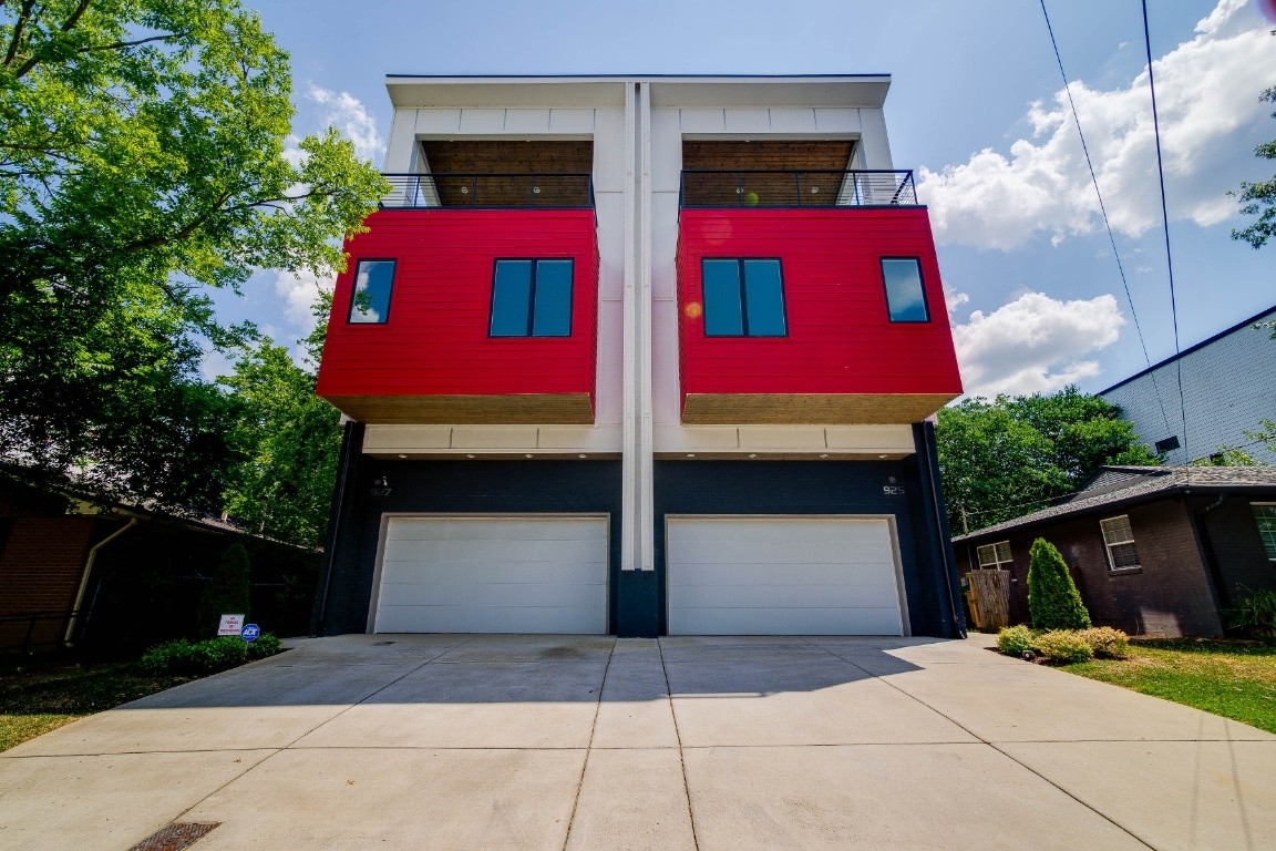 927 Southside Pl Property Photo - Nashville, TN real estate listing