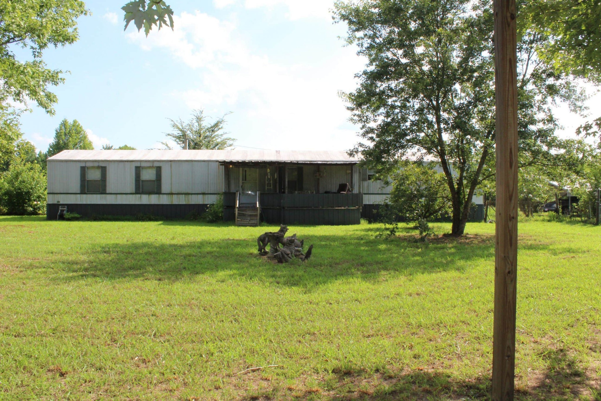 75 Dogwood Ln Property Photo - Linden, TN real estate listing