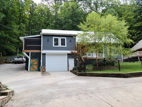 2420 Casey Cove Rd Property Photo - Smithville, TN real estate listing