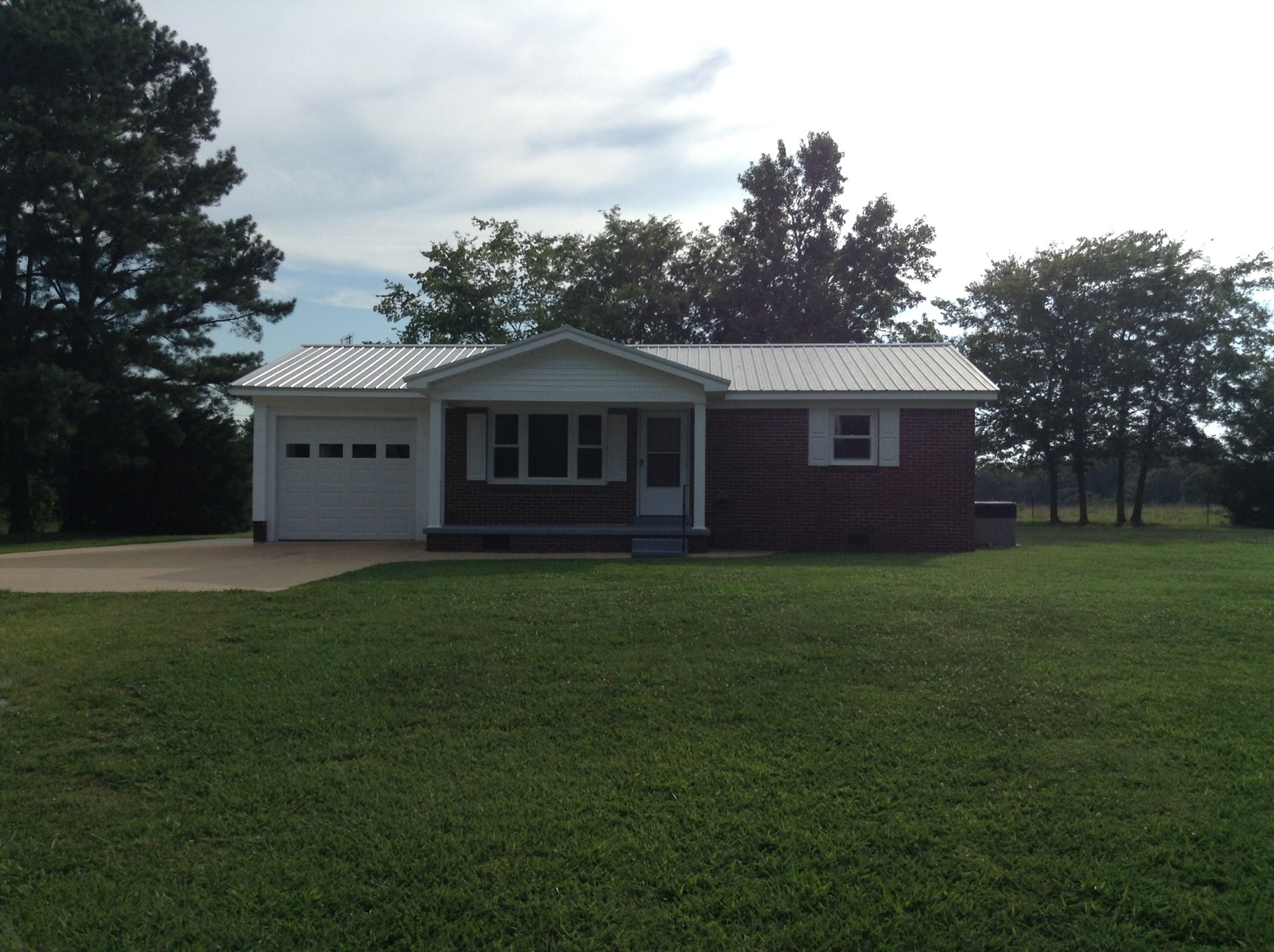 922 Salem Rd Property Photo - Minor Hill, TN real estate listing