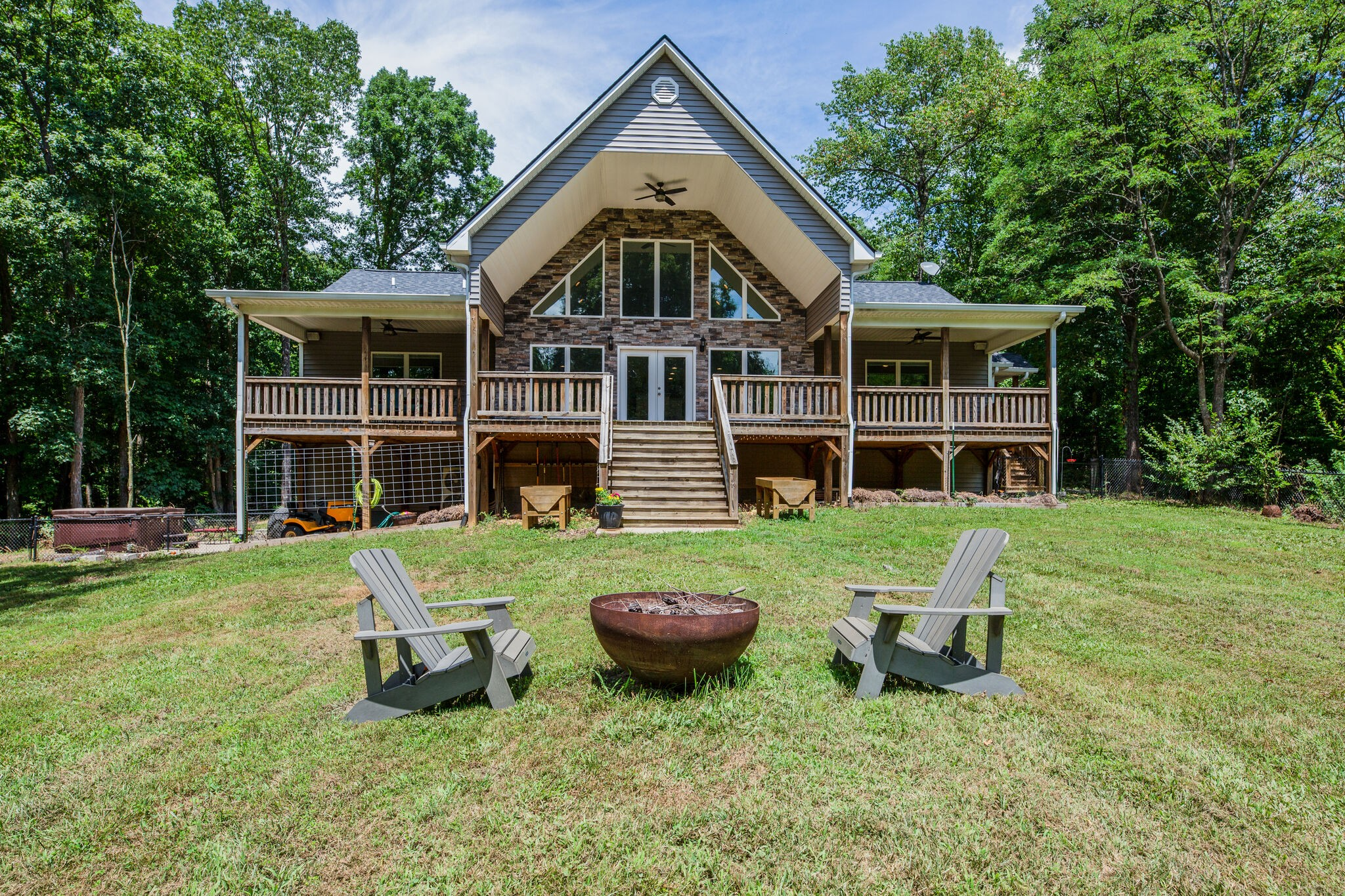1828 Sugar Ridge Rd Property Photo - Spring Hill, TN real estate listing