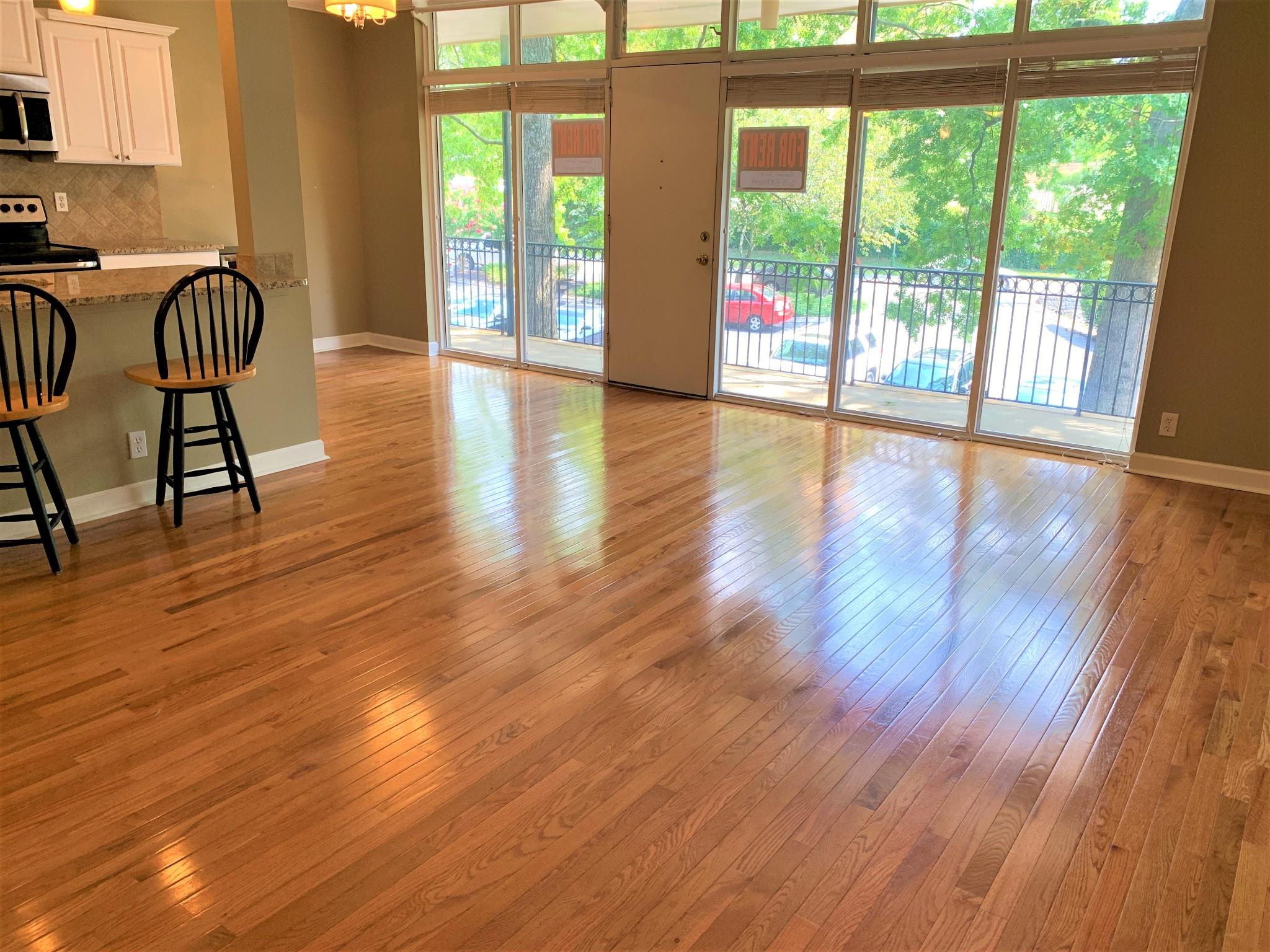 3909 Whitland Ave #203 Property Photo