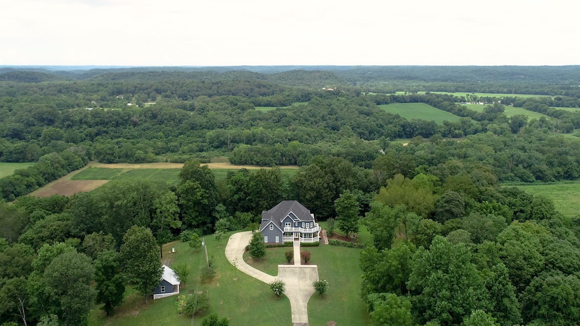 1106 Street Road Property Photo - Kingston Springs, TN real estate listing