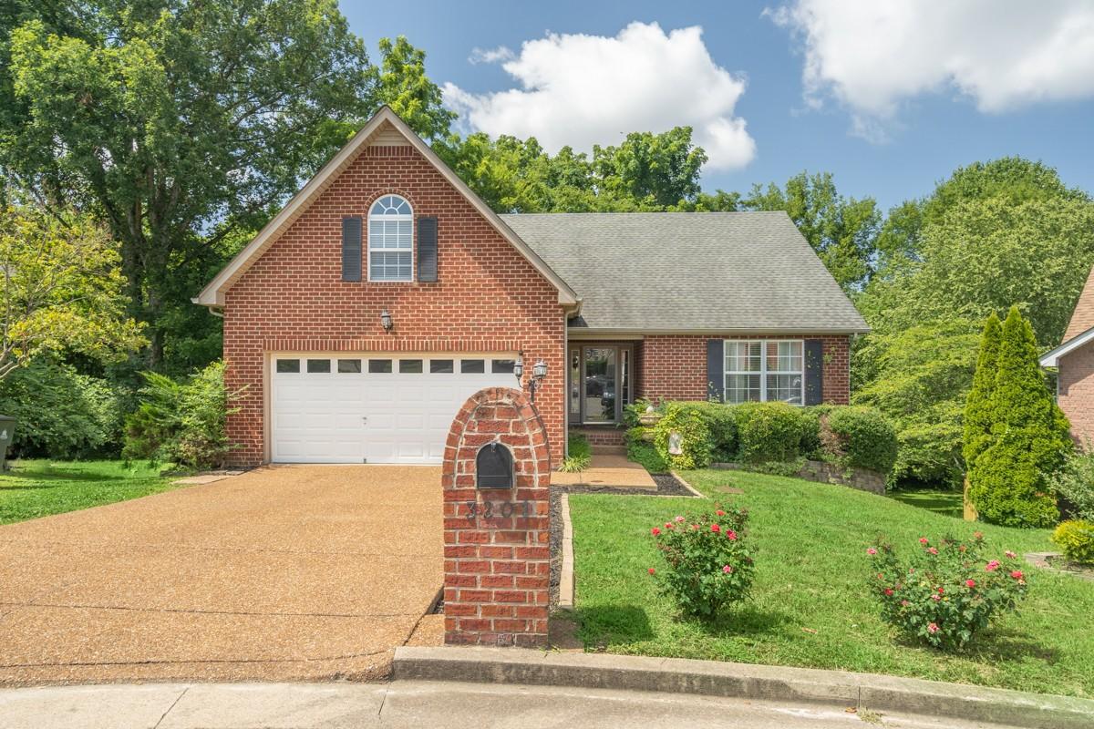 3201 Grace Crest Pt Property Photo - Nashville, TN real estate listing