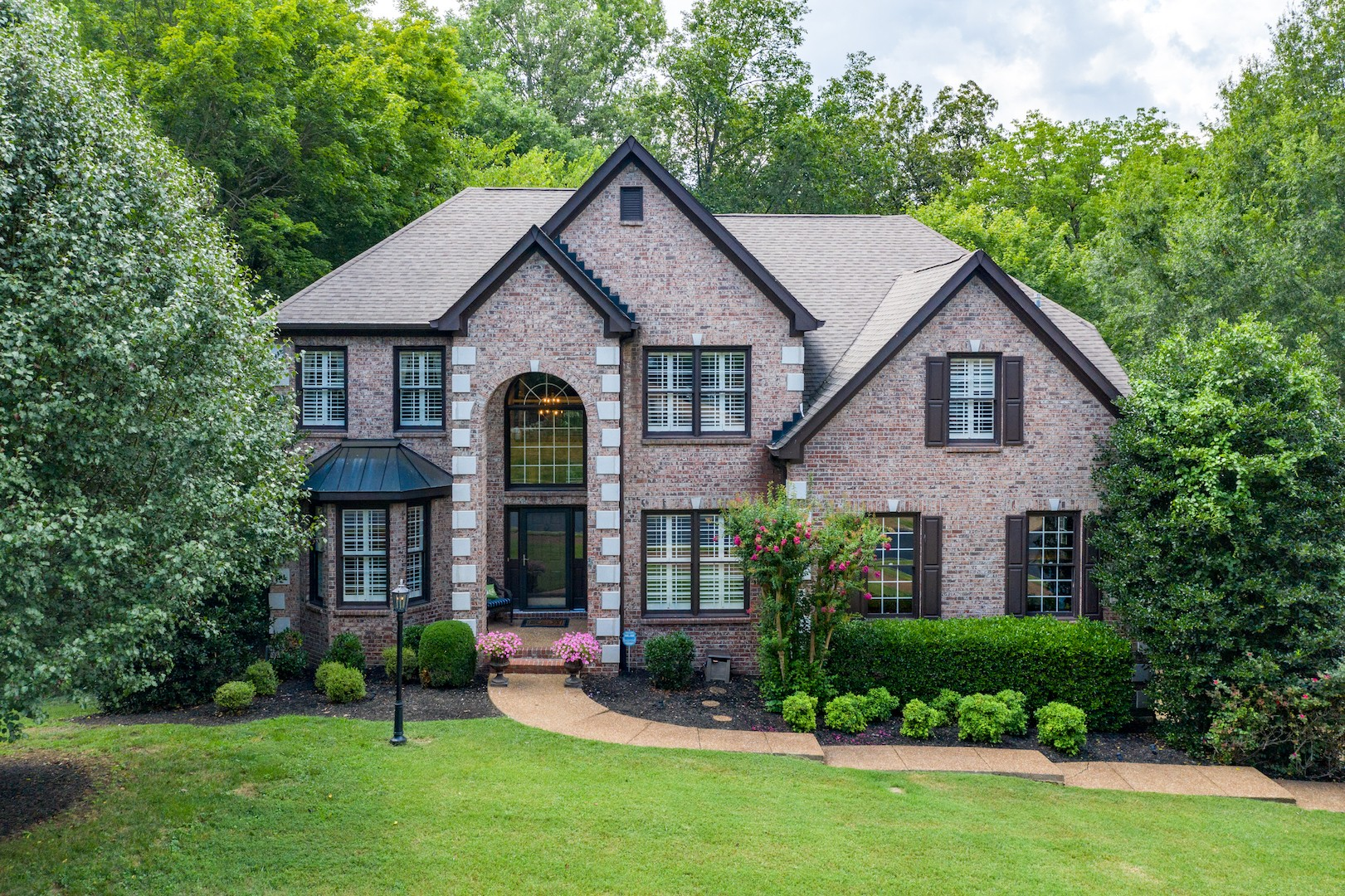 109 Hampsted Ln Property Photo - Franklin, TN real estate listing