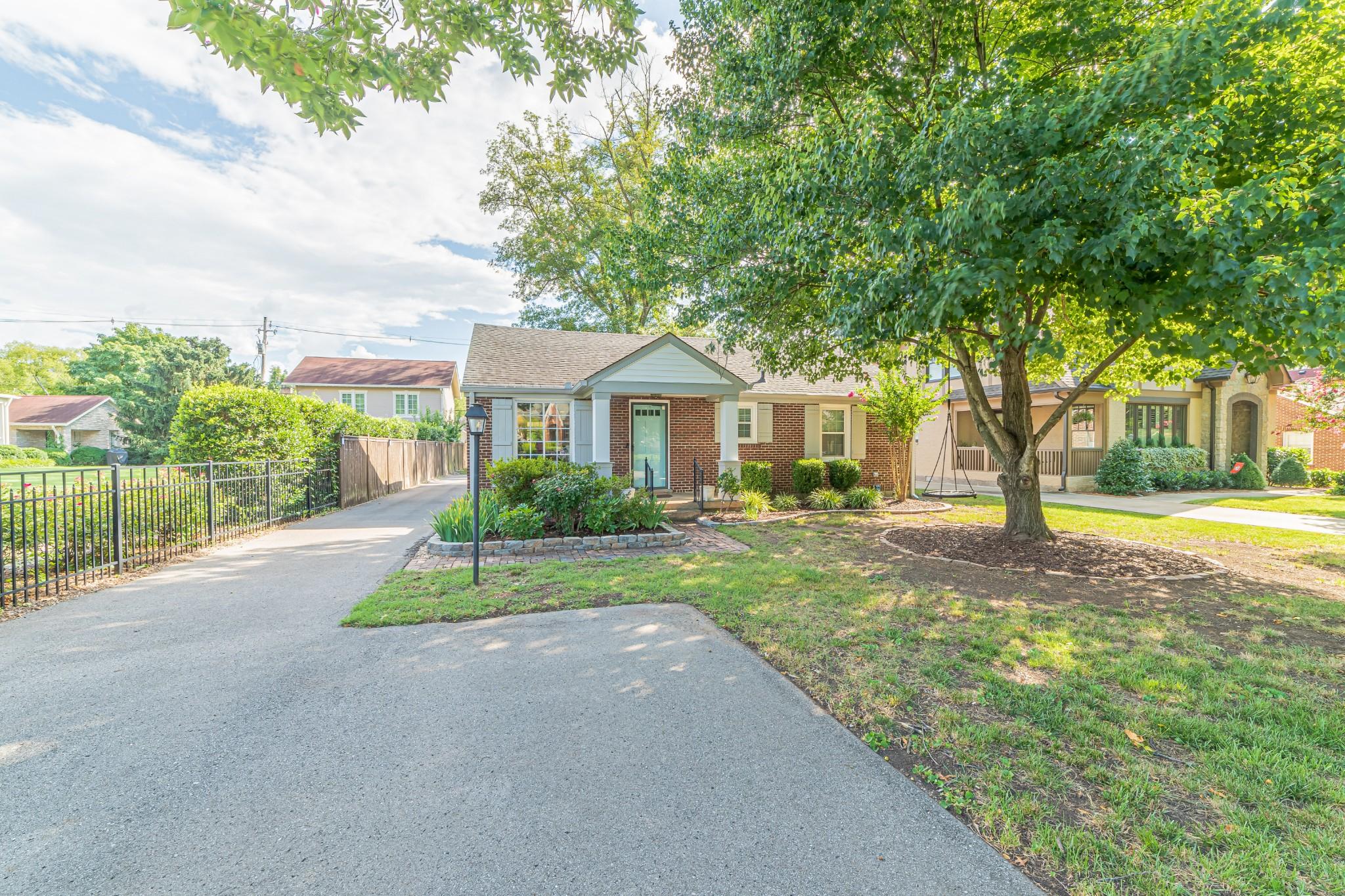 4015 Aberdeen Rd Property Photo - Nashville, TN real estate listing