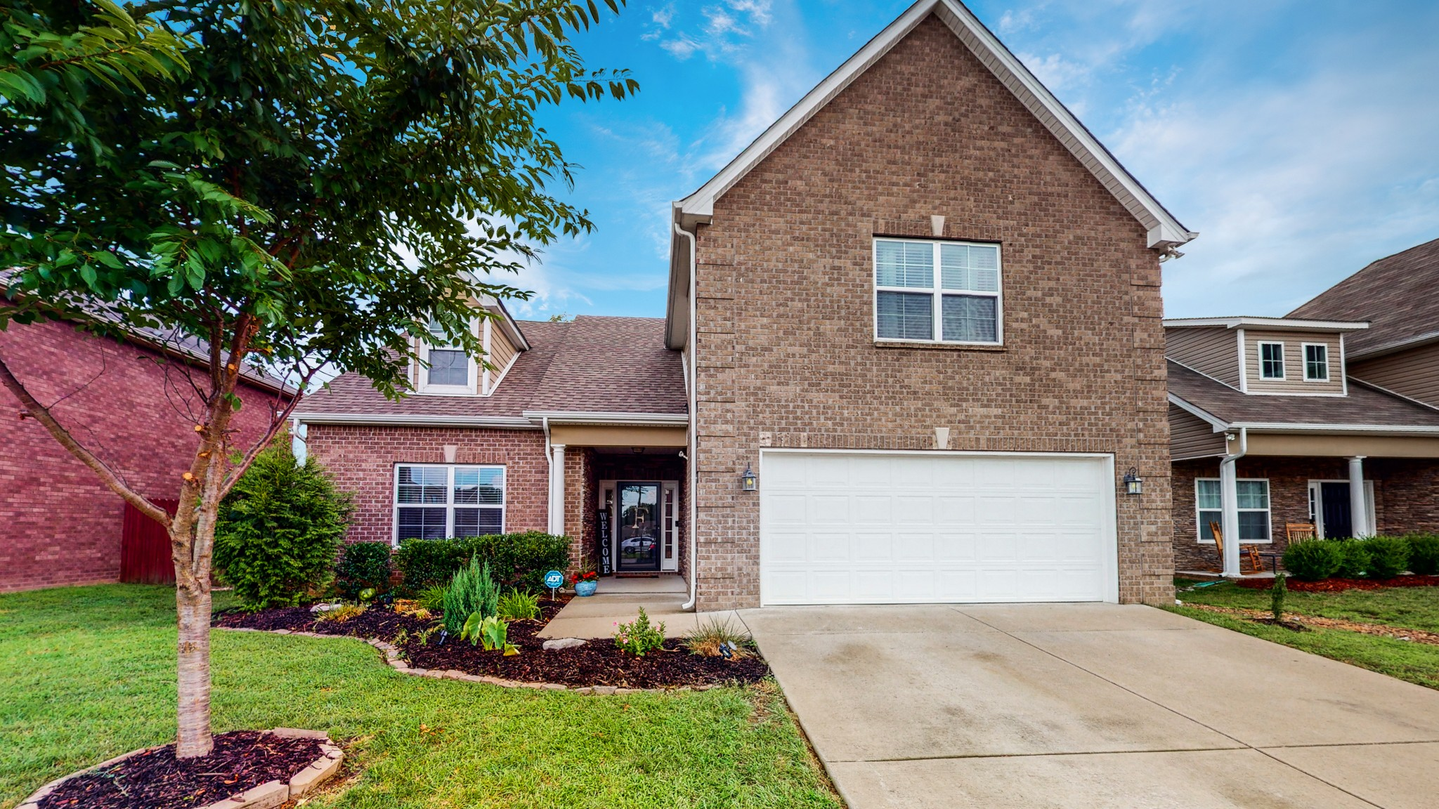525 Shoreline Lane Property Photo - Antioch, TN real estate listing