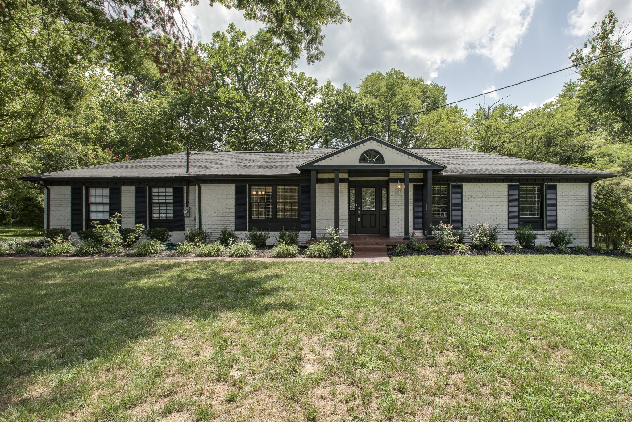 1013 CHAPEL CT Property Photo - Franklin, TN real estate listing