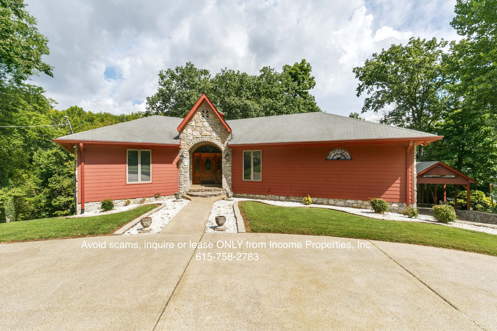 607 Confederate Cir Property Photo