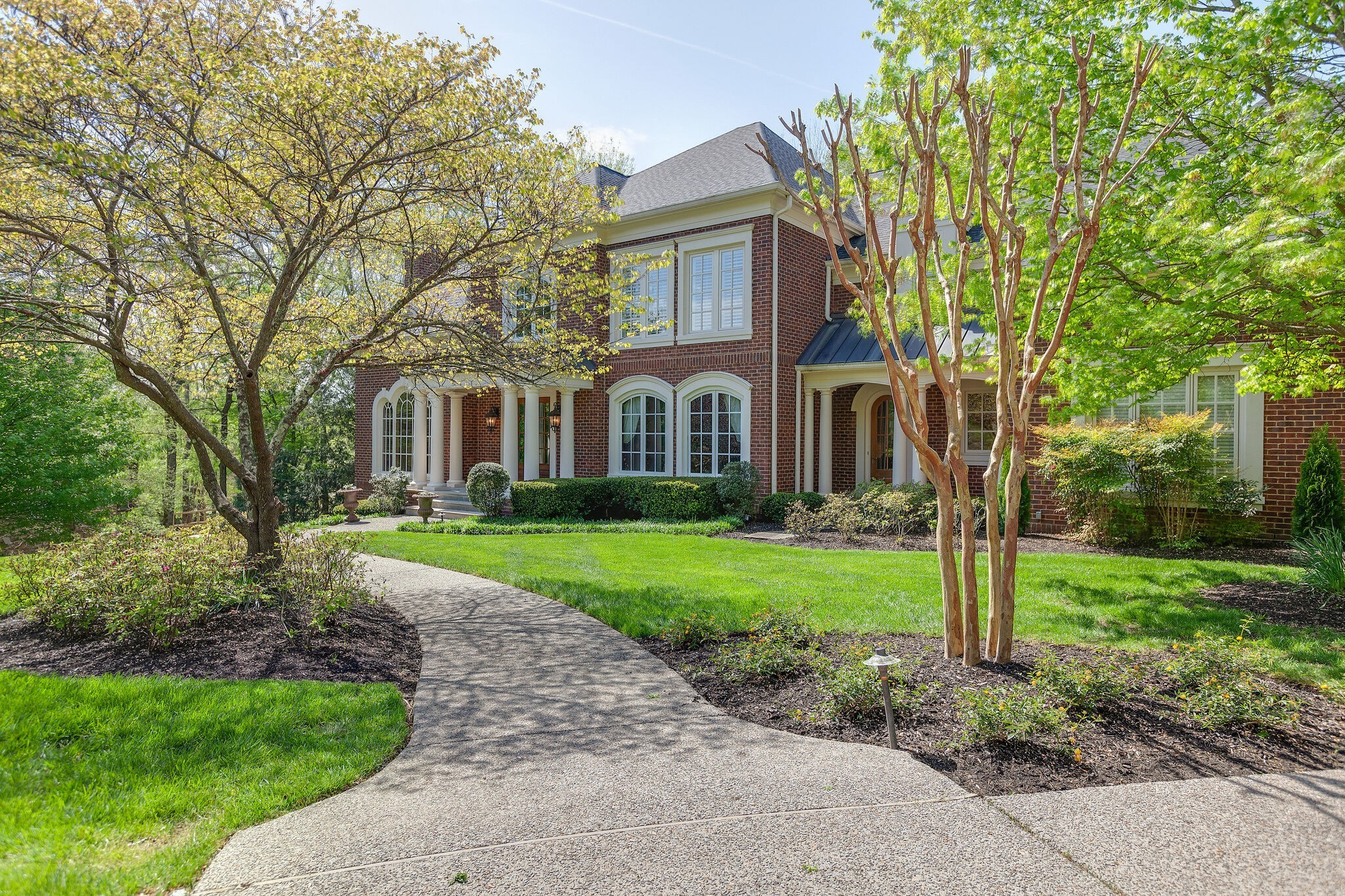1615 Edgewater Ct Property Photo - Franklin, TN real estate listing