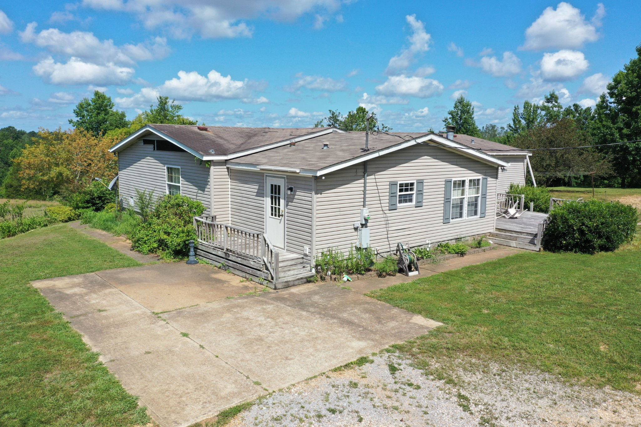 3151 Highway 412 E Property Photo - Parsons, TN real estate listing