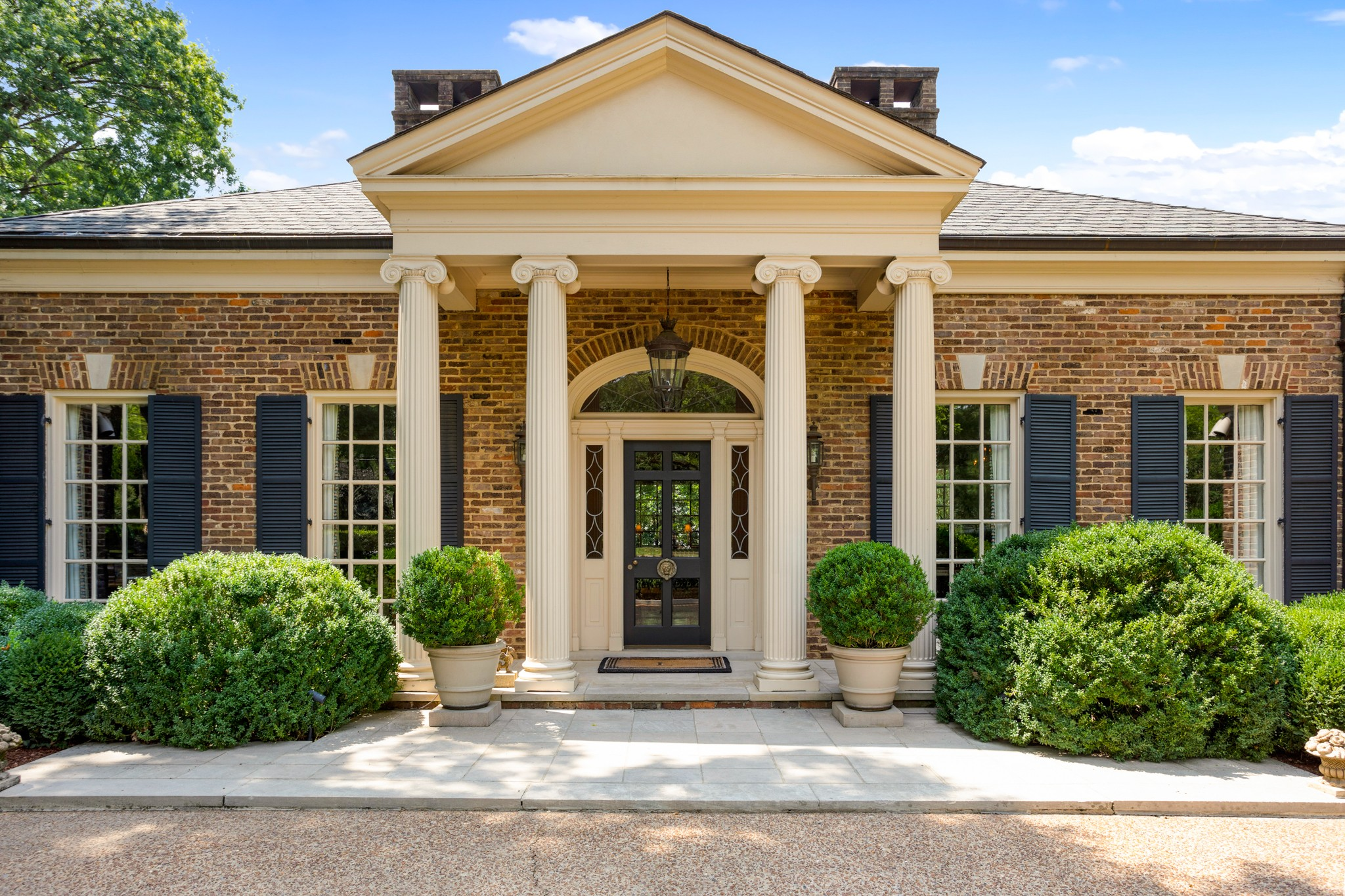 1011 Belle Meade Blvd Property Photo - Nashville, TN real estate listing