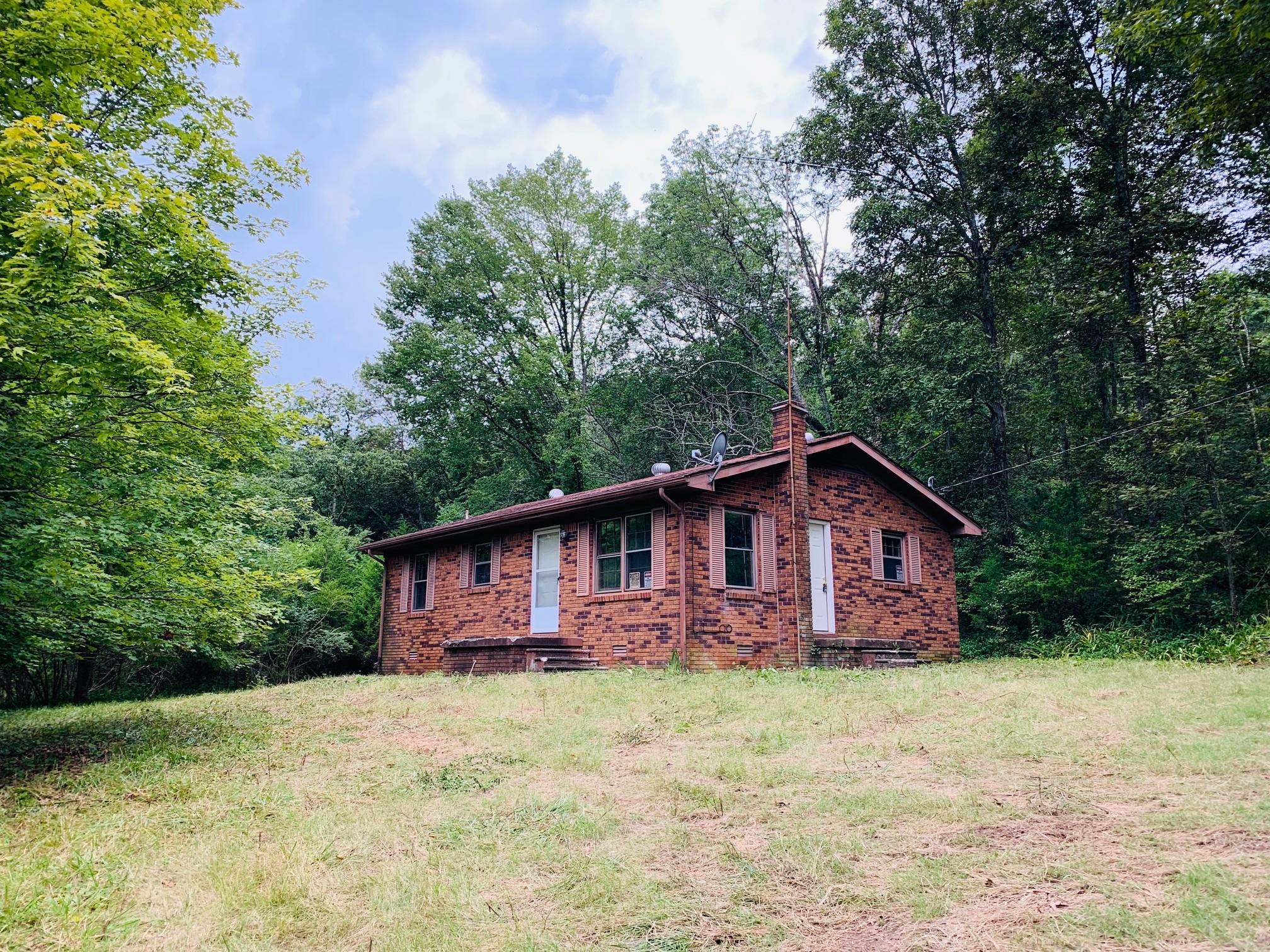 161 Gladdice Rd Property Photo - Pleasant Shade, TN real estate listing