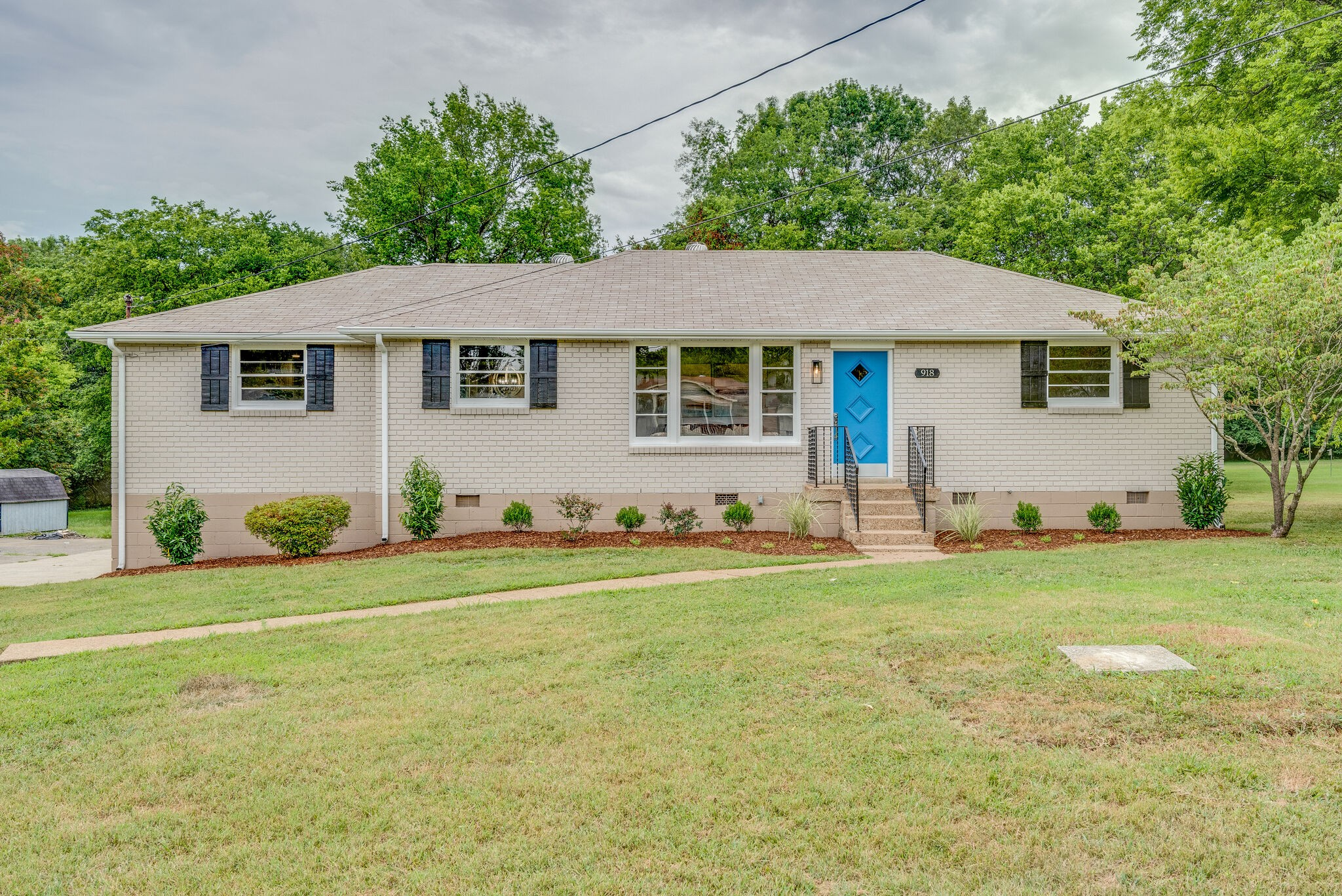 918 Sun Valley Dr Property Photo - Madison, TN real estate listing