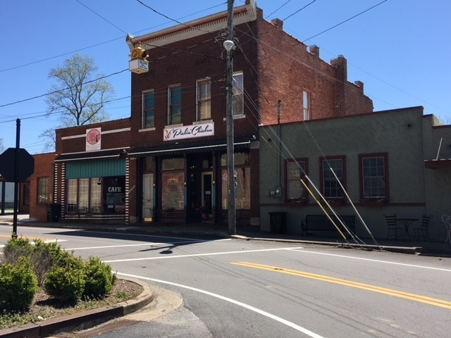 100 Main St Property Photo - Wartrace, TN real estate listing