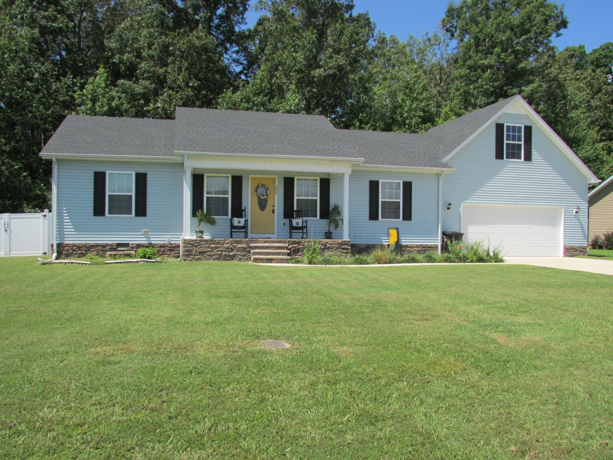 262 Williamsburg Cir Property Photo - Tullahoma, TN real estate listing