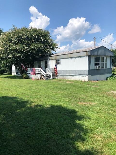 239 Alexander Ln Property Photo - Bethpage, TN real estate listing