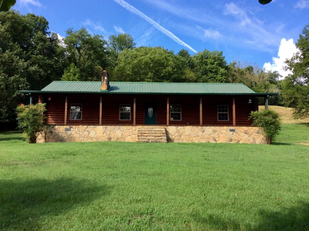 136 Stewarts Bend Ln Property Photo - Hickman, TN real estate listing