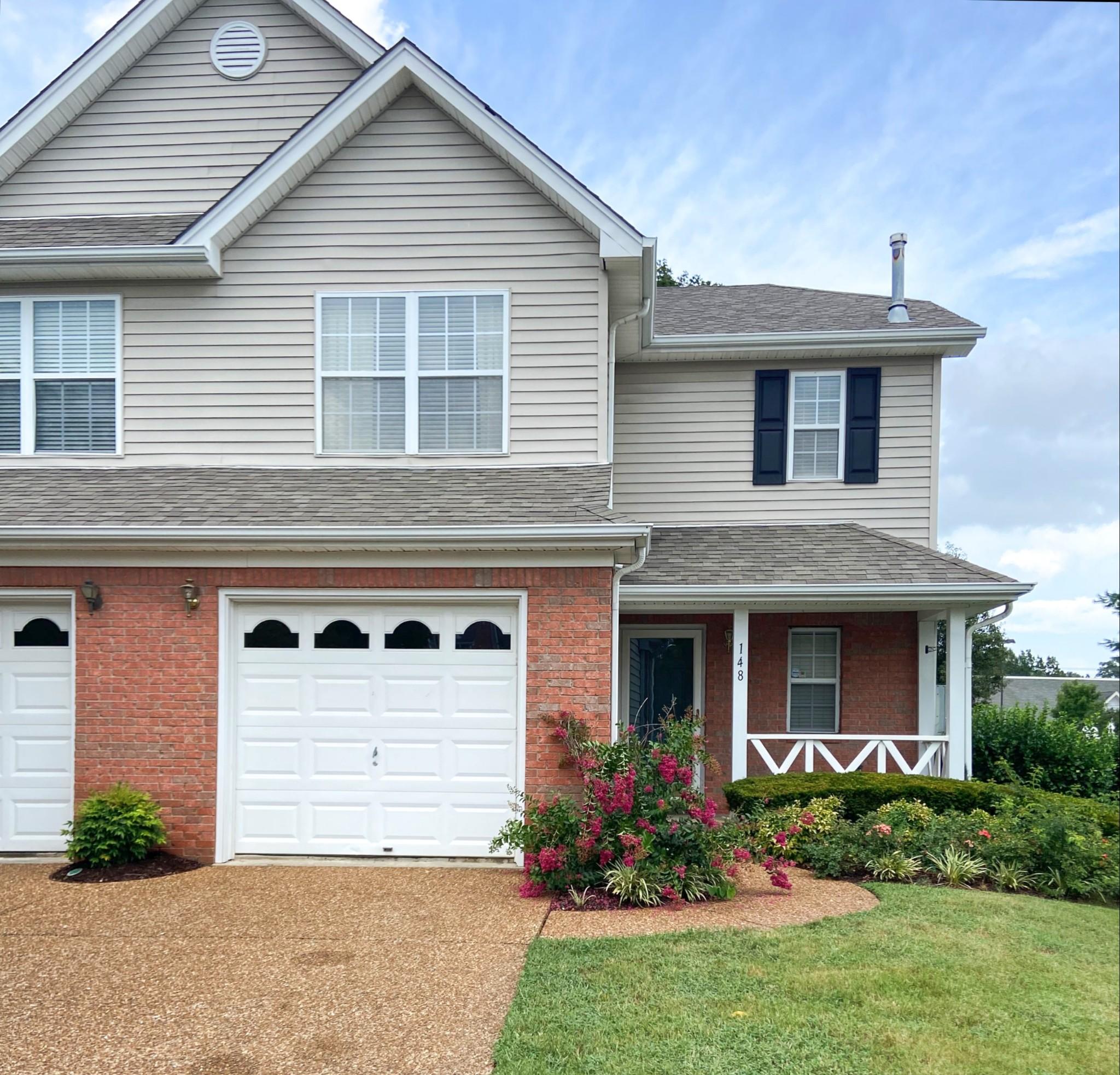 148 Stanton Hall Ln Property Photo - Franklin, TN real estate listing