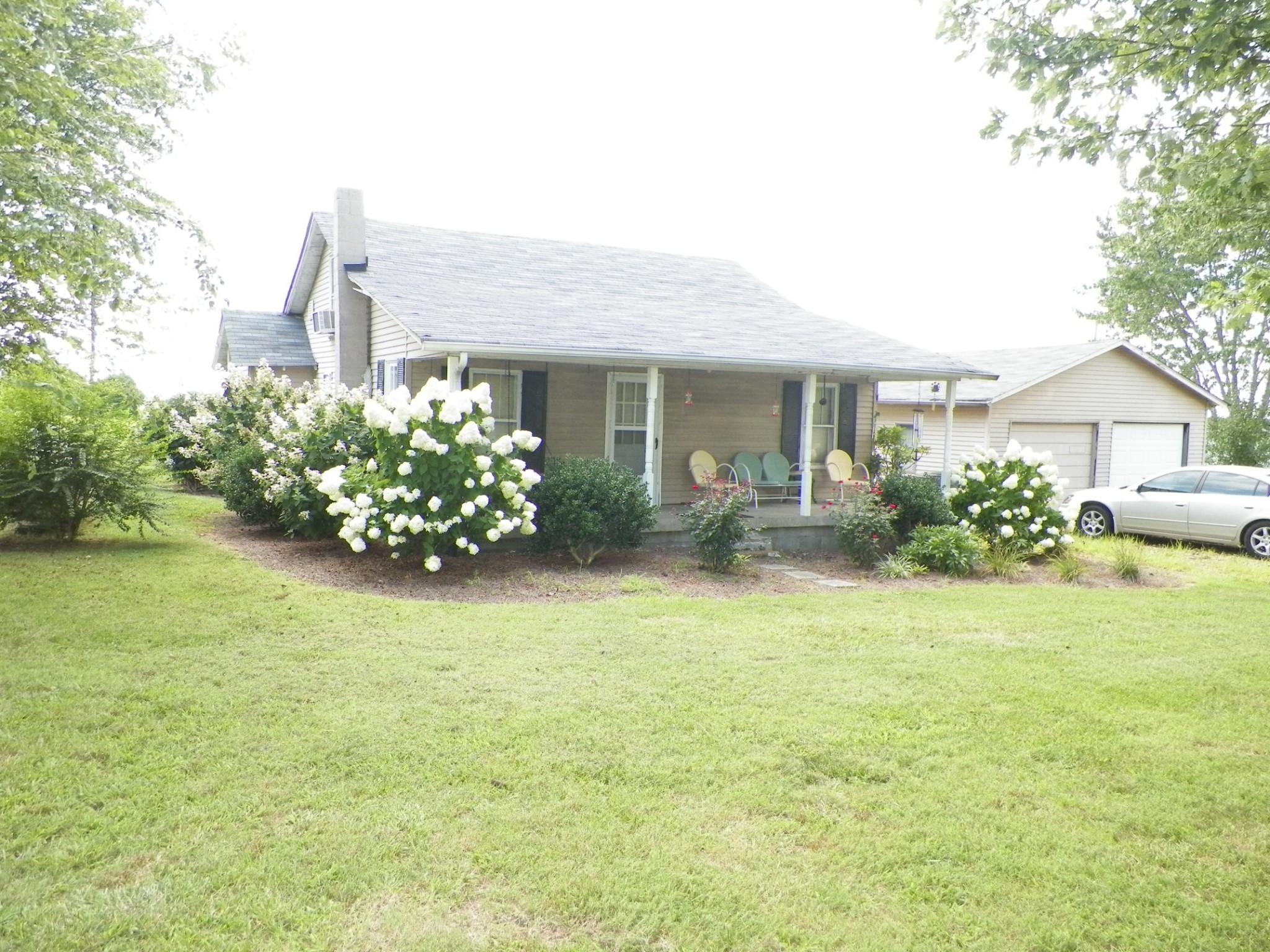 77 Poplar Grove Rd Property Photo - Westmoreland, TN real estate listing