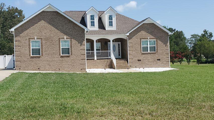 224 Creekwood Ln Property Photo