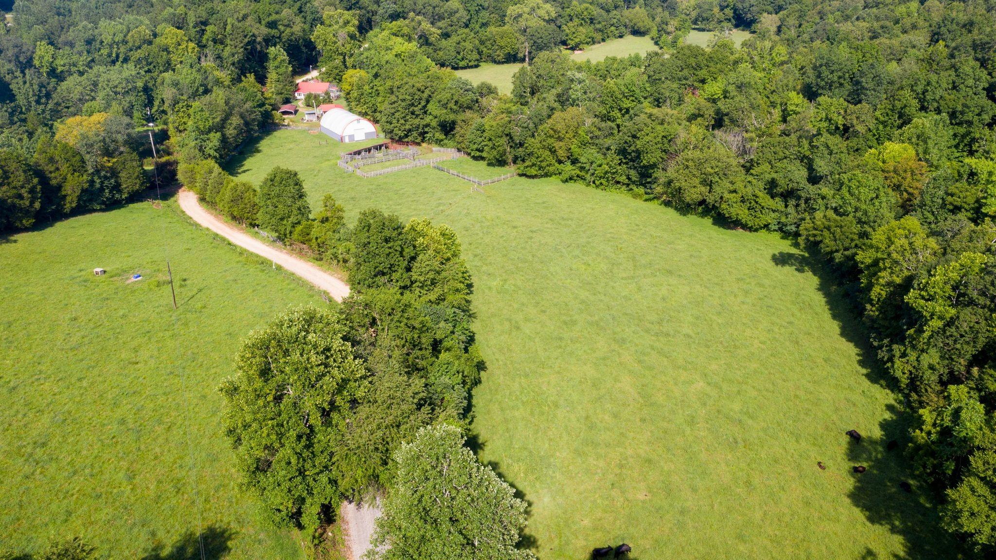 1830 Deer Ck RD Property Photo - MC EWEN, TN real estate listing