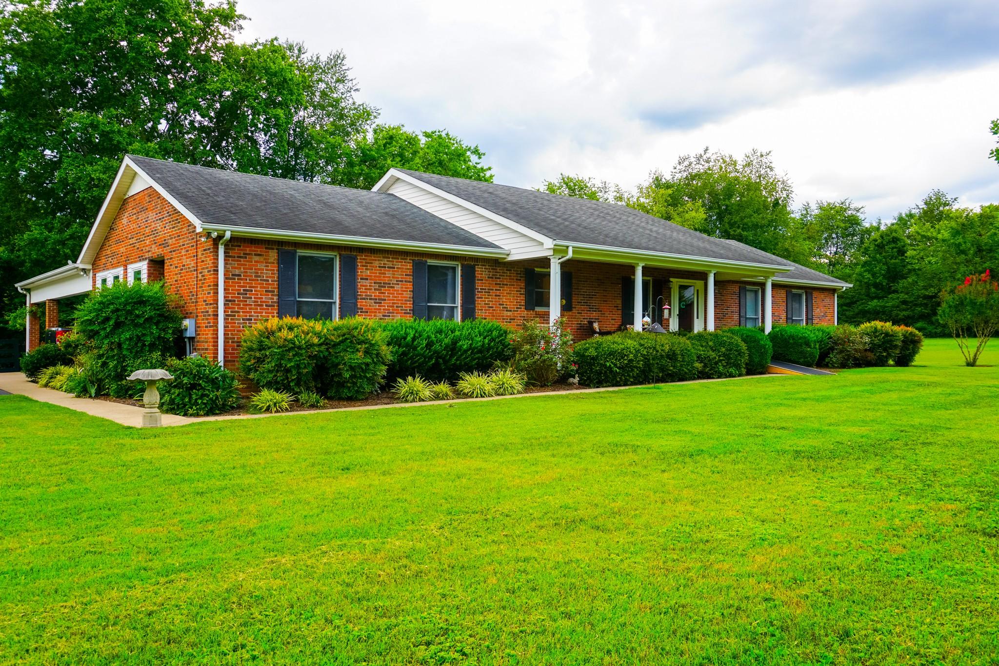 5511 Lascassas Pike Property Photo - Lascassas, TN real estate listing