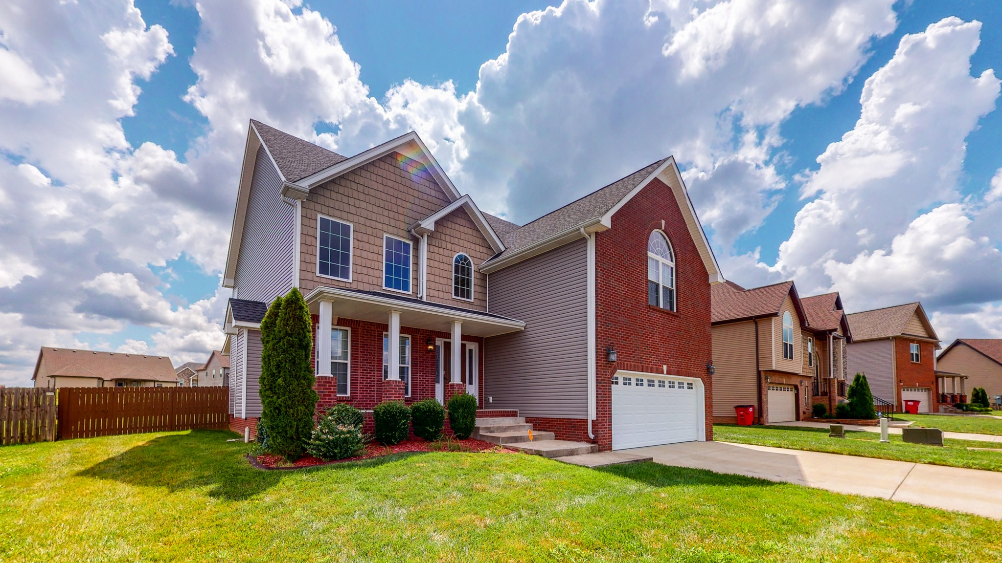 1769 Autumnwood Blvd Property Photo - Clarksville, TN real estate listing