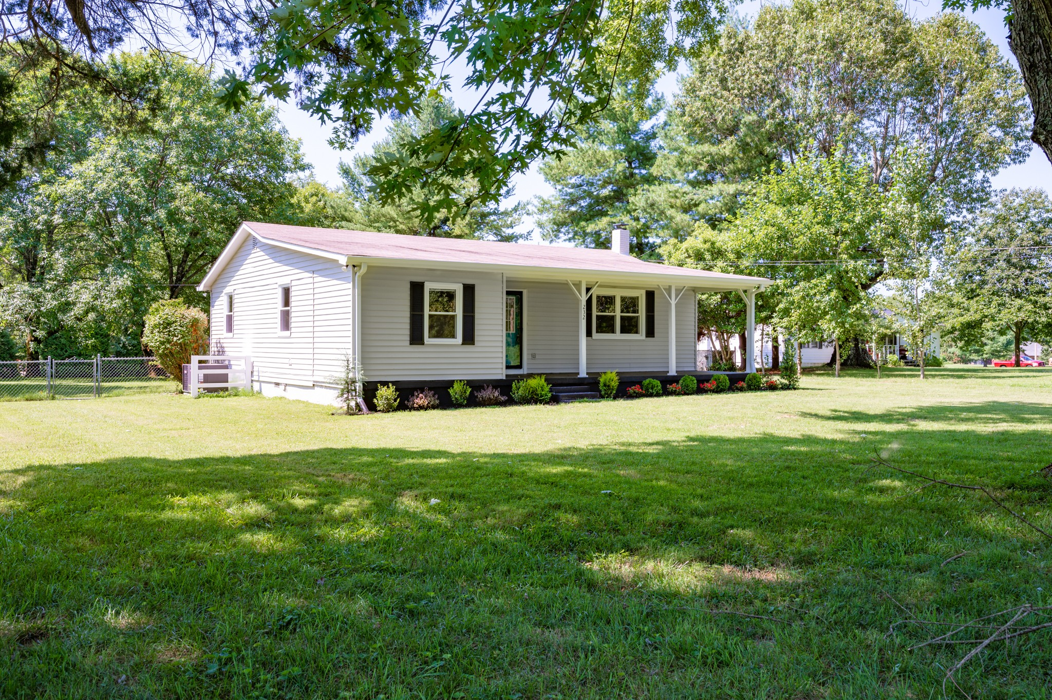 232 Clearview Rd Property Photo - Cottontown, TN real estate listing