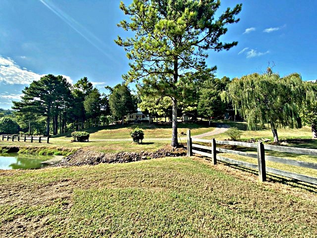 405 Alexander Rd Property Photo - Lynnville, TN real estate listing