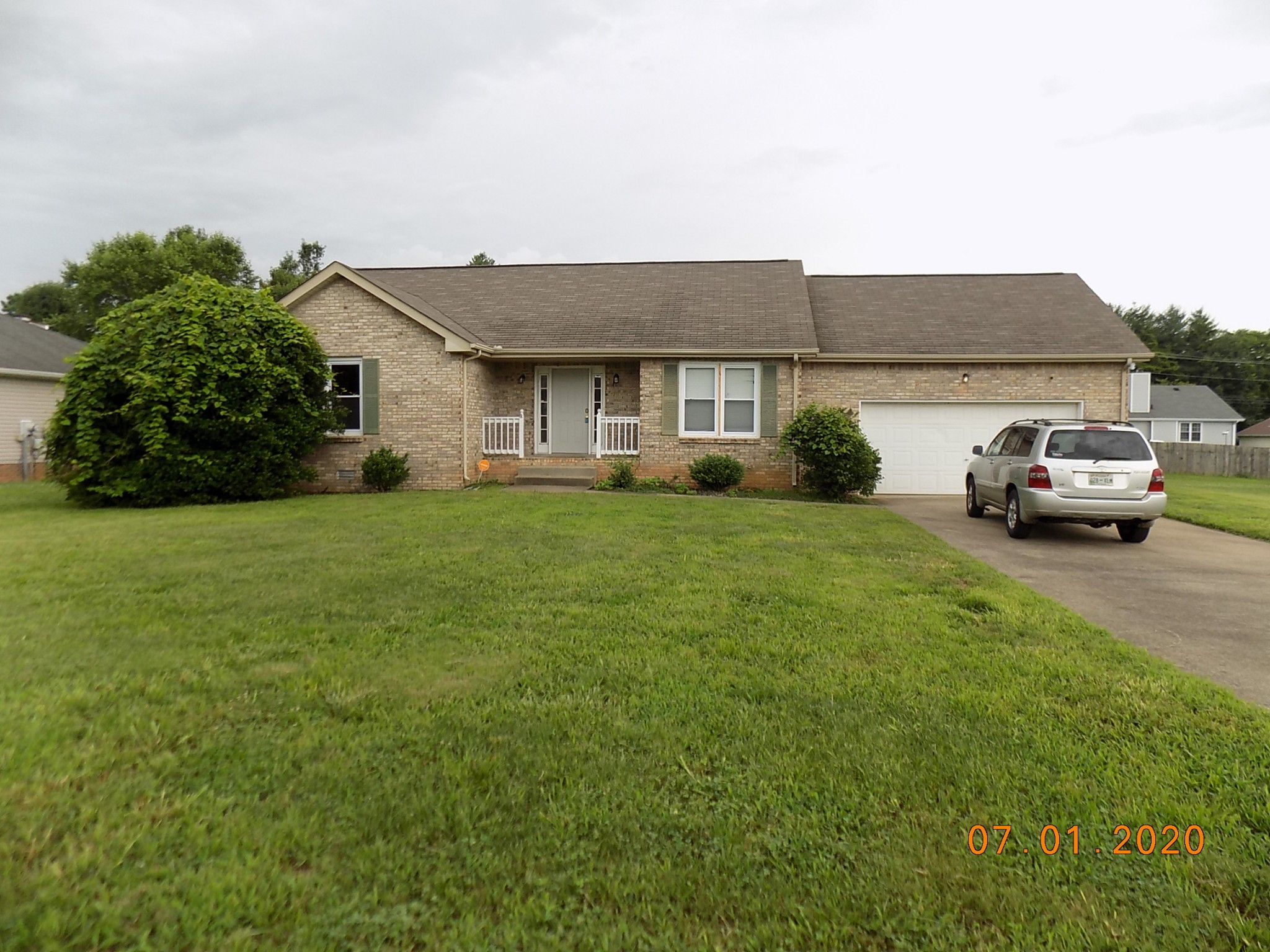 1936 Bridgewater Dr Property Photo - Clarksville, TN real estate listing