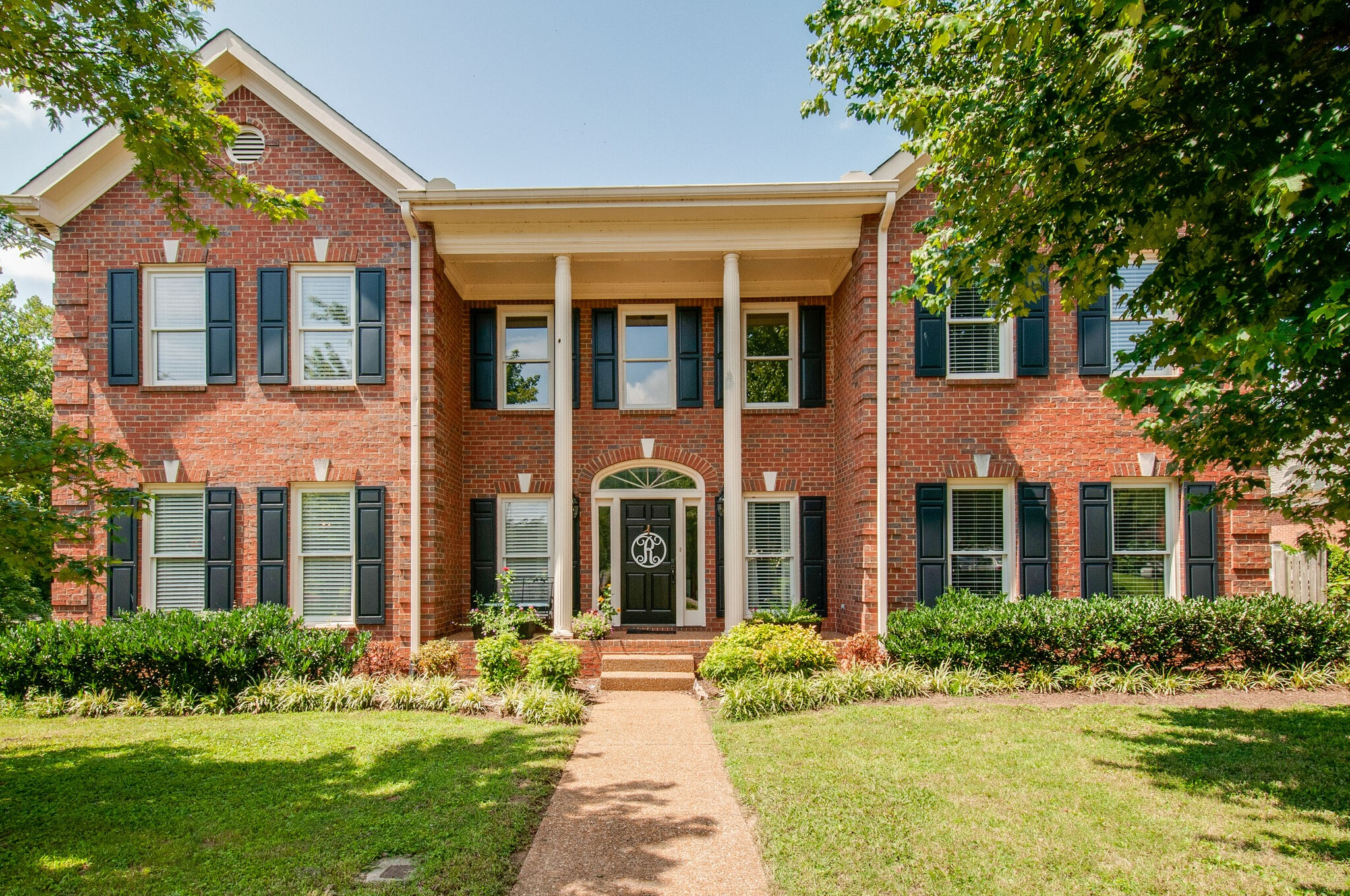 1001 Willoughby Way Property Photo - Nashville, TN real estate listing