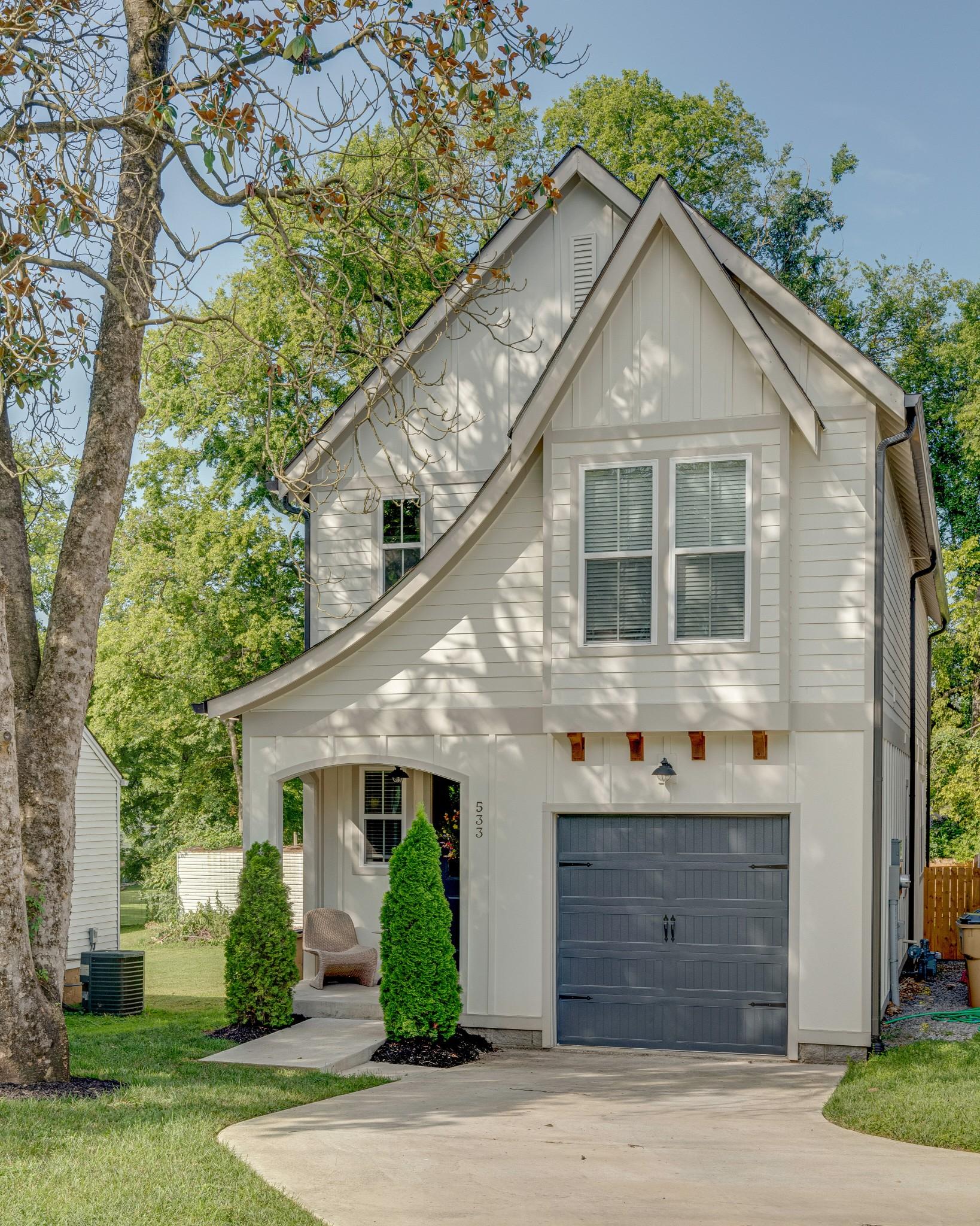 533 Croley Dr Property Photo - Nashville, TN real estate listing