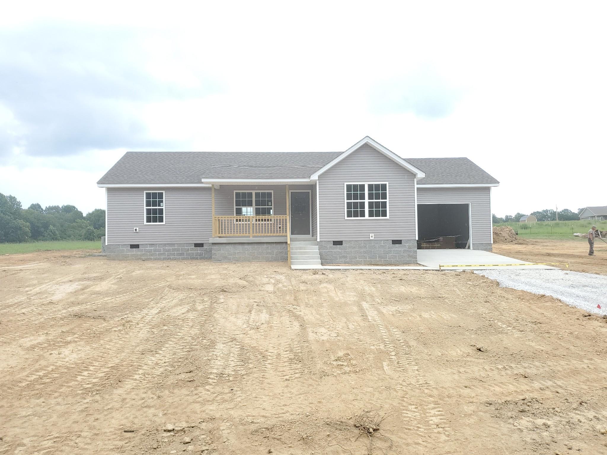 811 Comer Rd Property Photo - Morrison, TN real estate listing