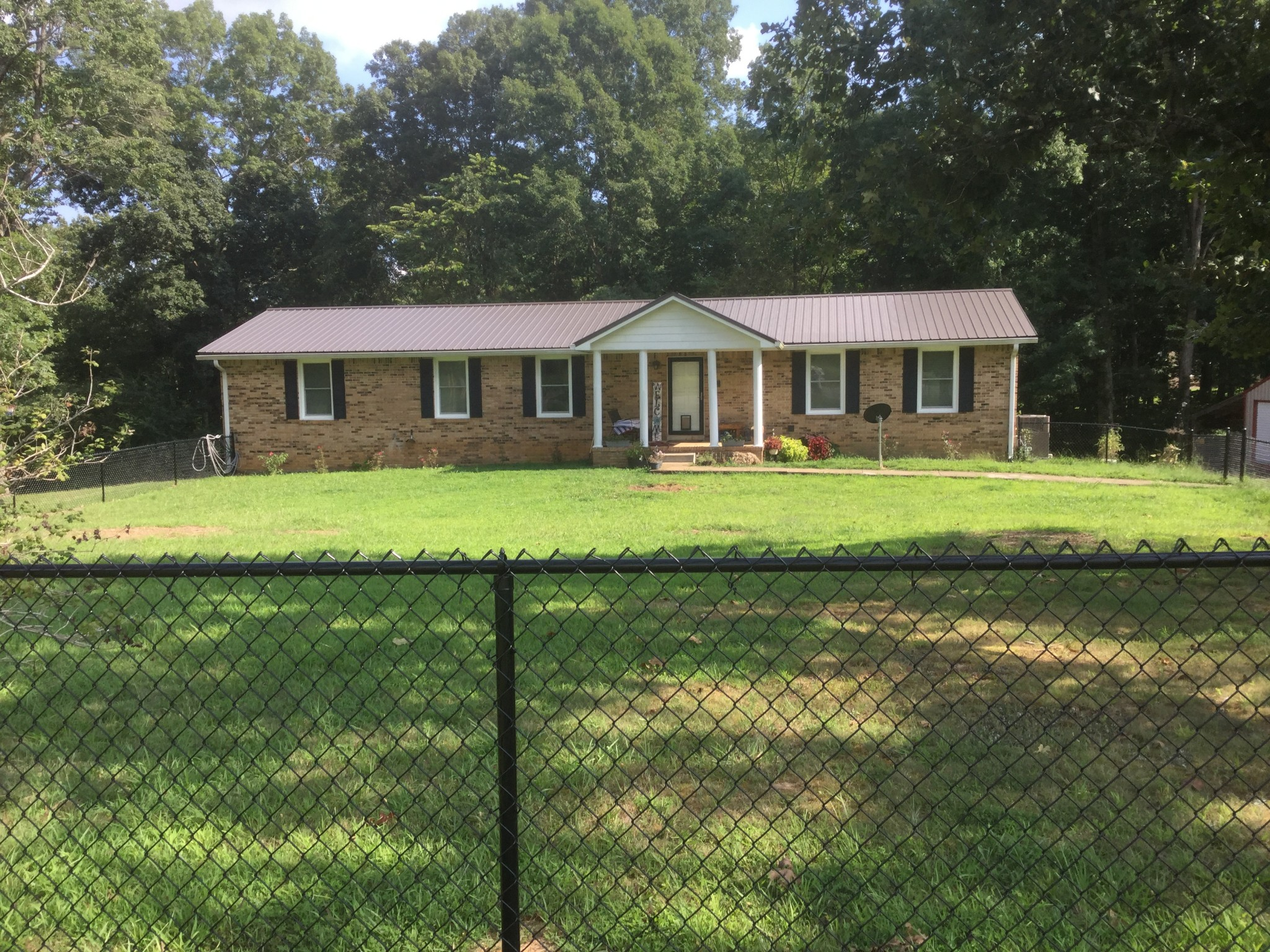 3180 Highway 100 Property Photo - Centerville, TN real estate listing