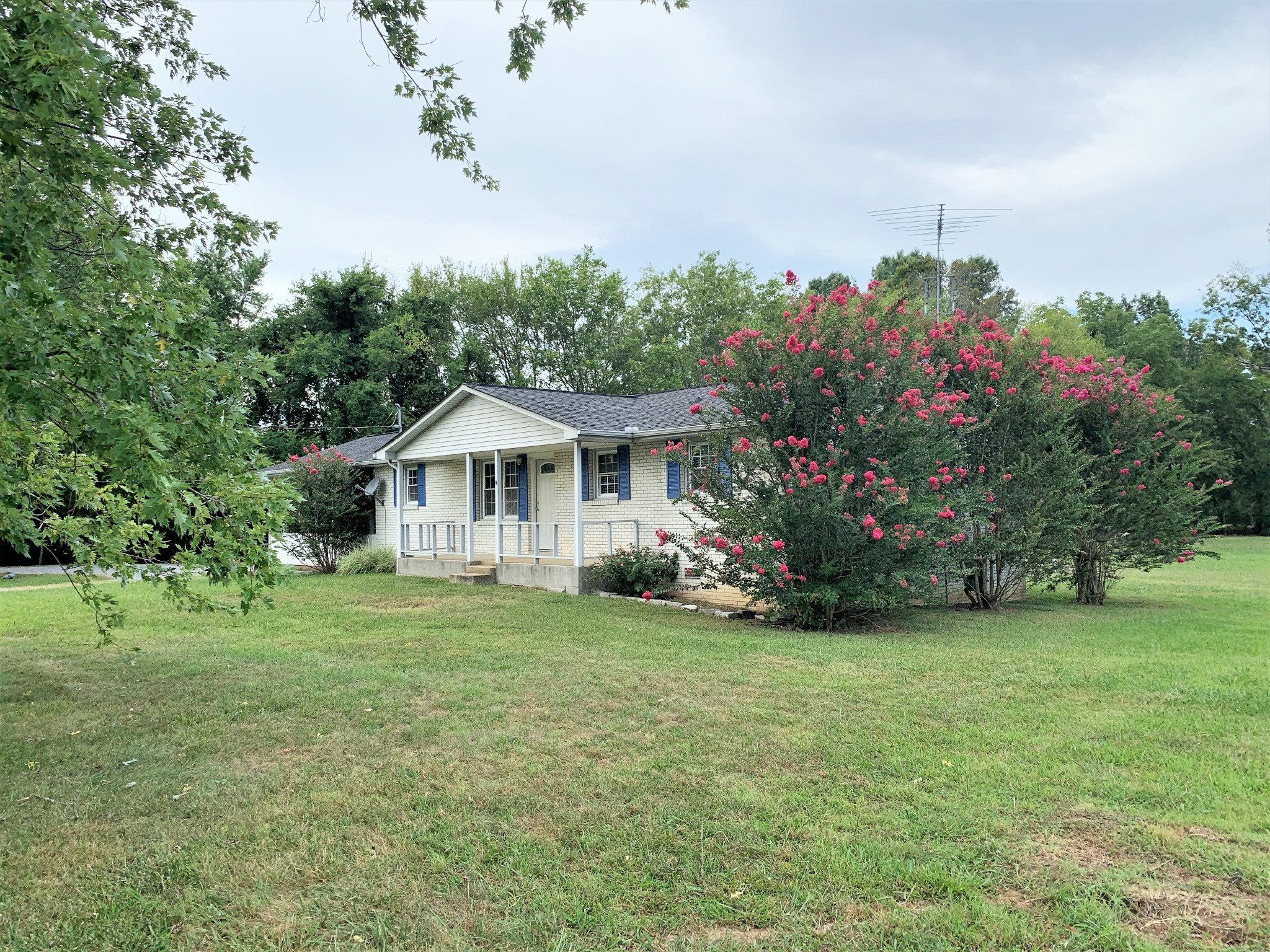 504 Old Columbia Rd Property Photo - Unionville, TN real estate listing