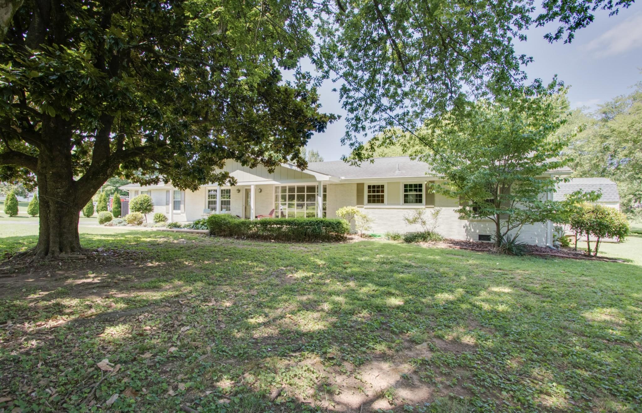116 Lake Terrace Dr Property Photo