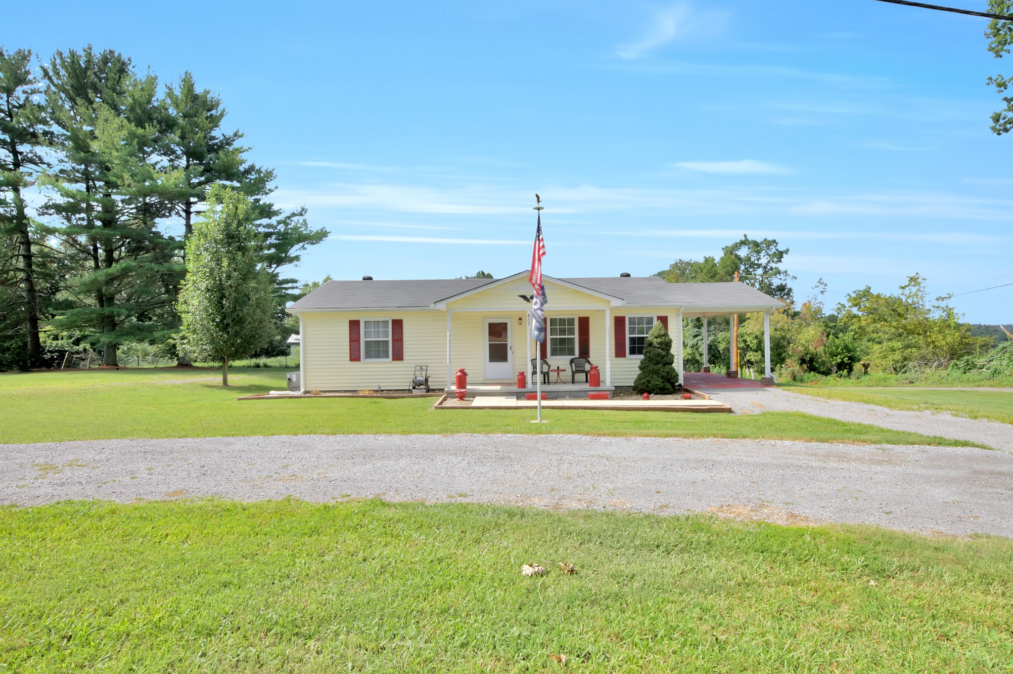 439 Snow Hill Rd Property Photo - Dowelltown, TN real estate listing