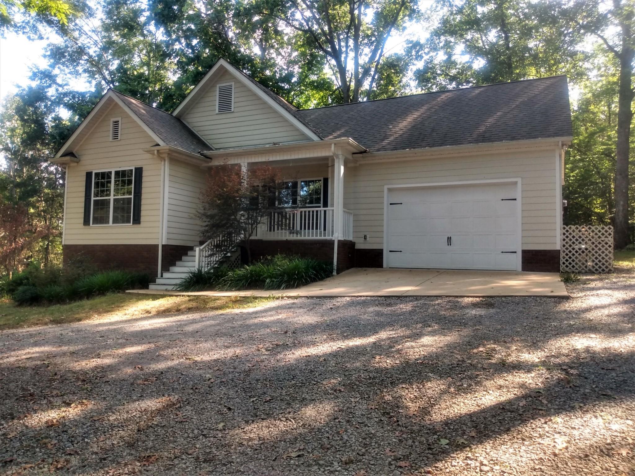 2821 Pulaski Hwy Property Photo - Frankewing, TN real estate listing