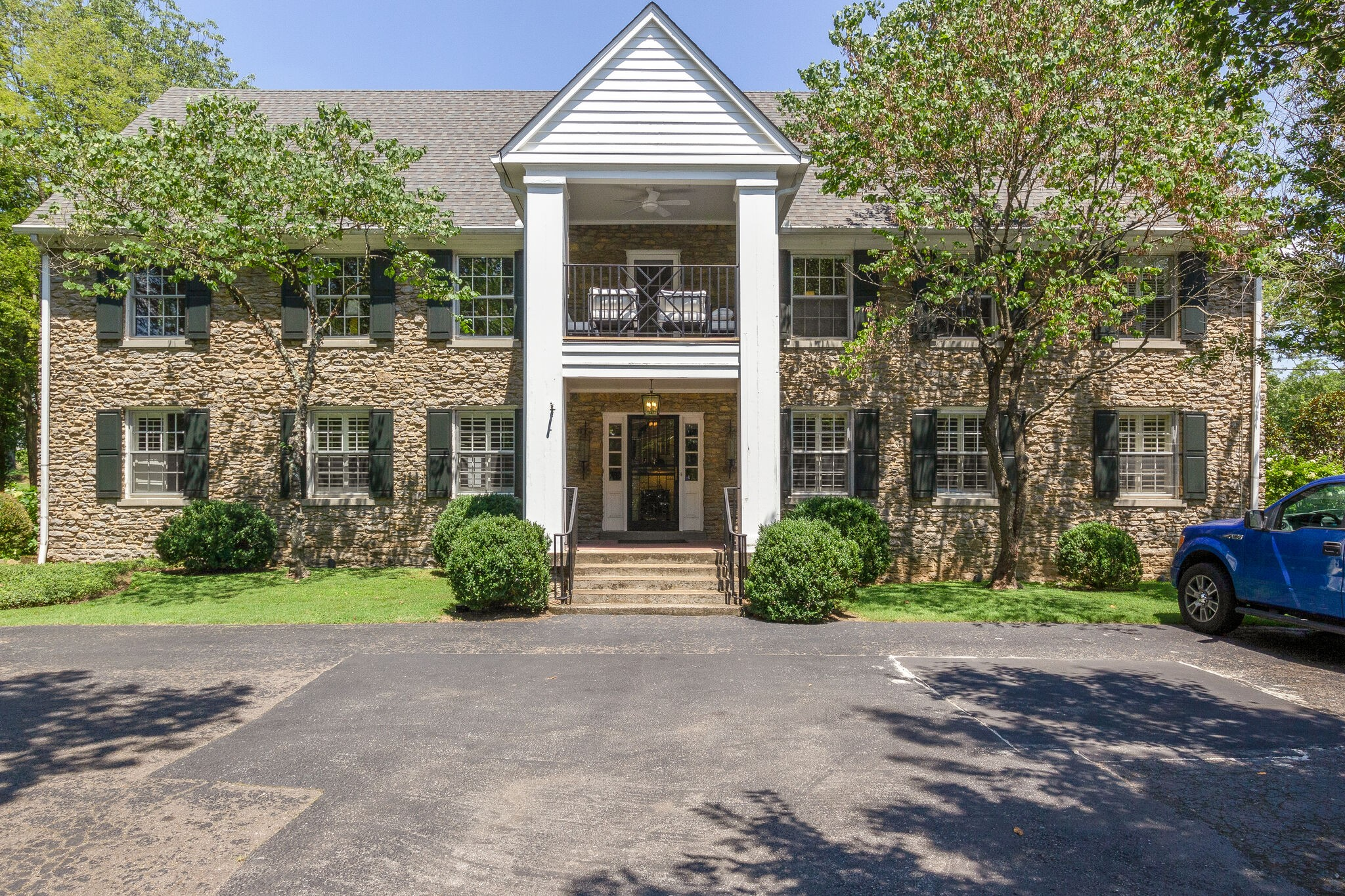 4402 Harding Pl #3 Property Photo - Nashville, TN real estate listing