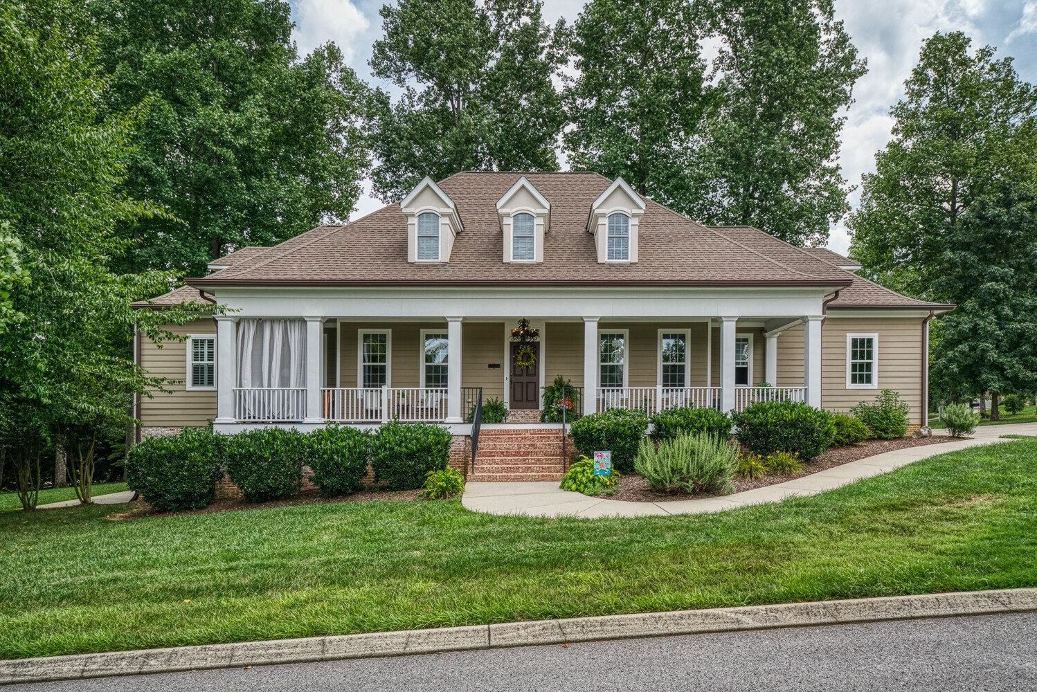 303 Enclave Cir Property Photo - Cookeville, TN real estate listing