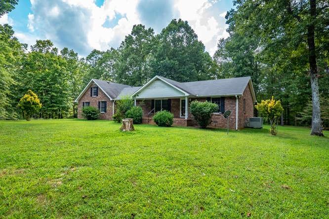 1161 By Blvd Property Photo - Bon Aqua, TN real estate listing