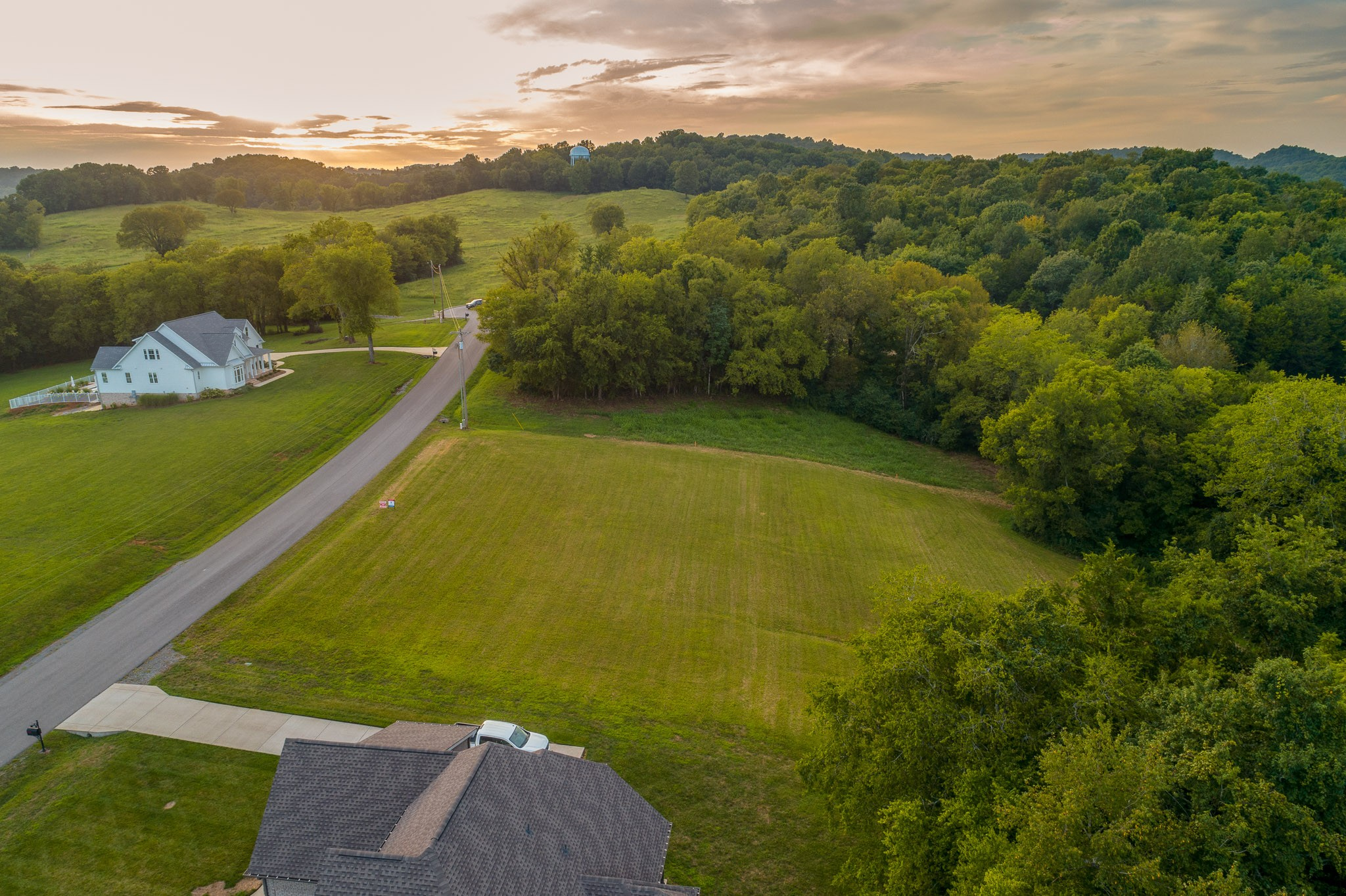 174 Tom Walker Dr Property Photo - Beechgrove, TN real estate listing