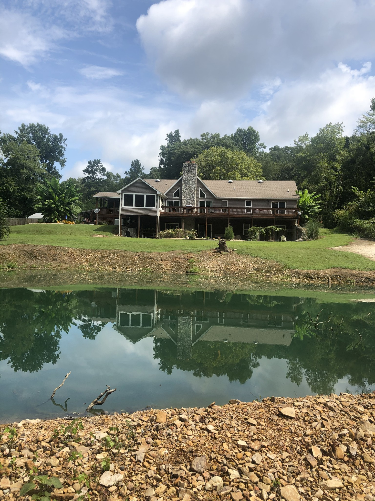 1355 Chalk Hollow Ln Property Photo - Waverly, TN real estate listing