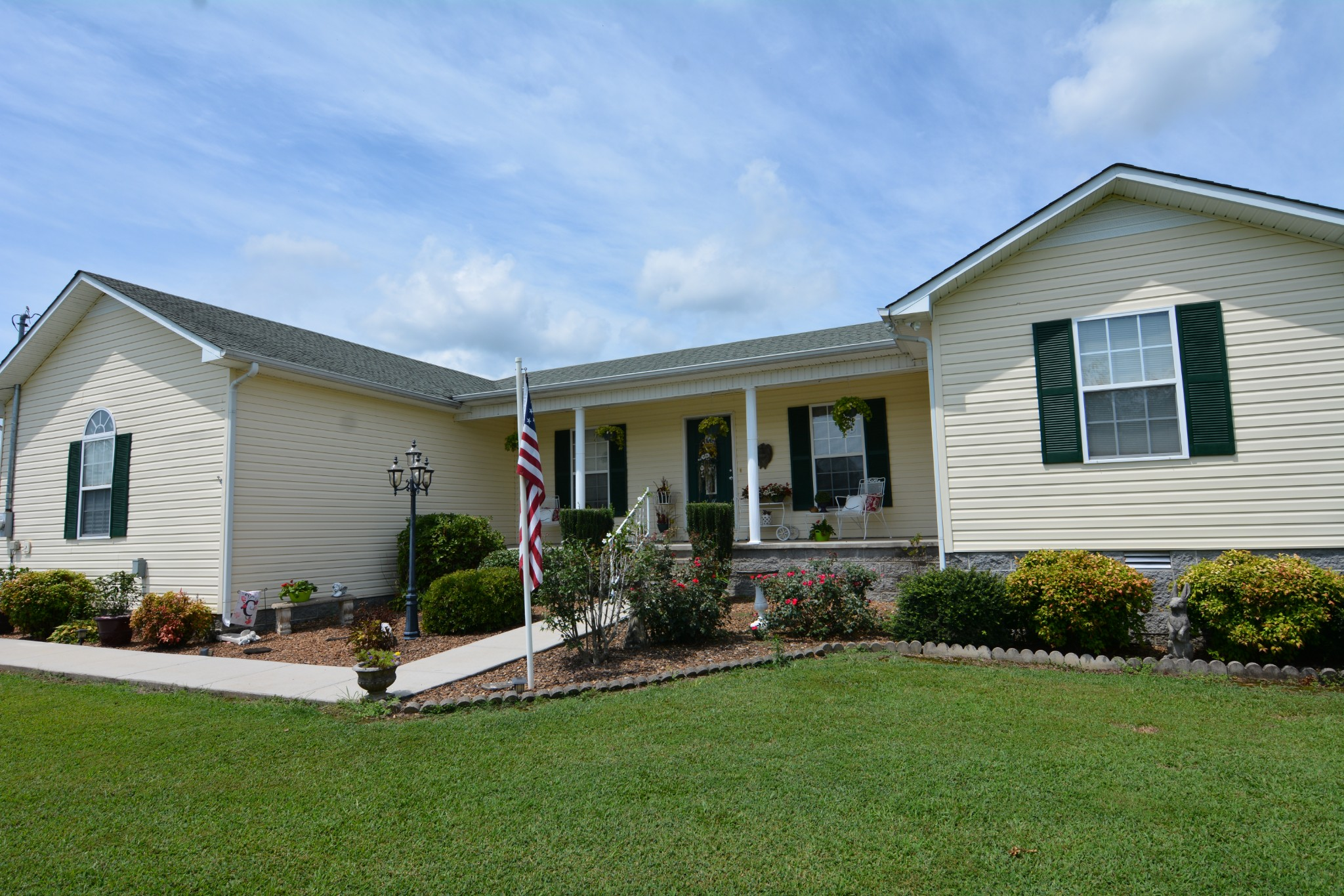 61 Caney Hollow Rd Property Photo - Belvidere, TN real estate listing